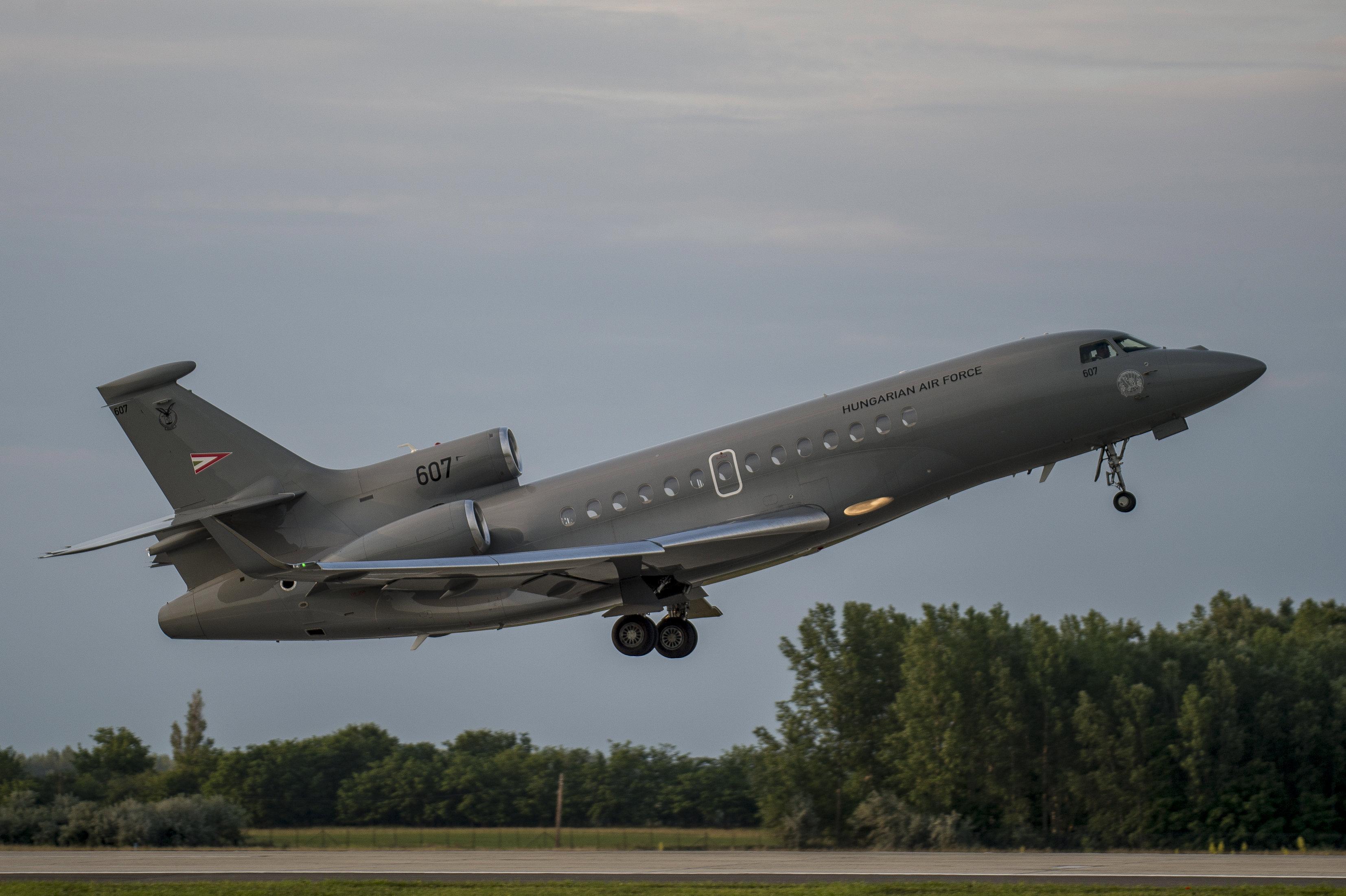 Tizenkét repülőgépet rendelt Vietnám Orbán Viktor egykori tanácsadójának cégétől