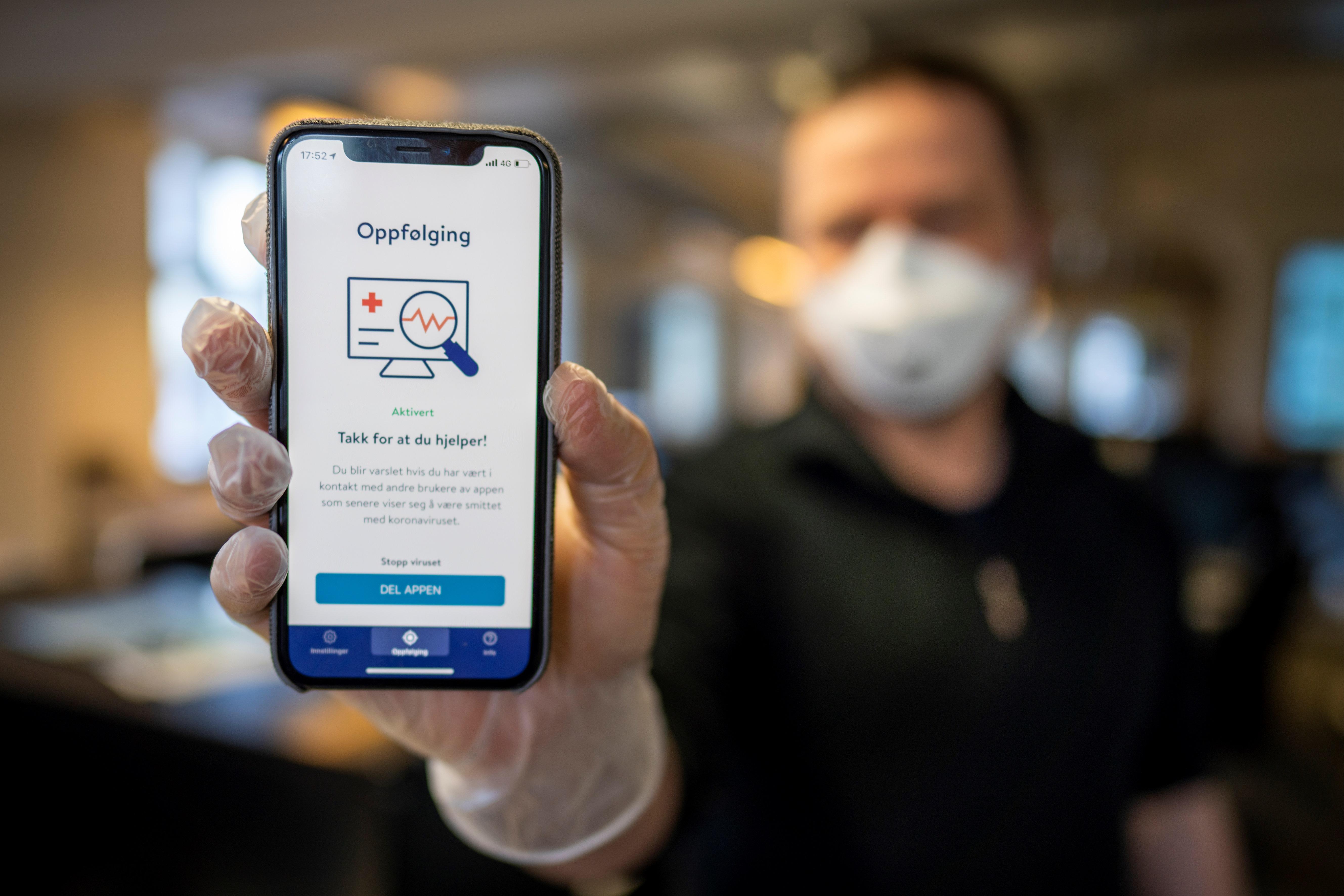 Norvégiában adatvédelmi okból felfüggesztik a járványt követő alkalmazás használatát