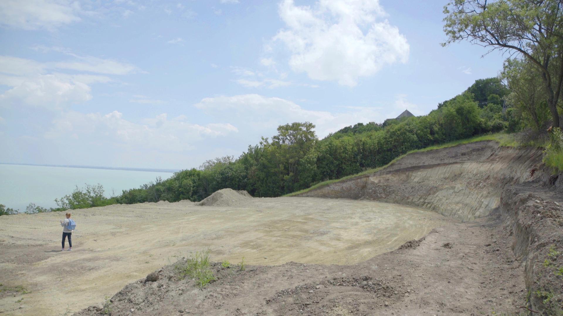 Feljelentést tett az LMP a tihanyi természetpusztítás miatt
