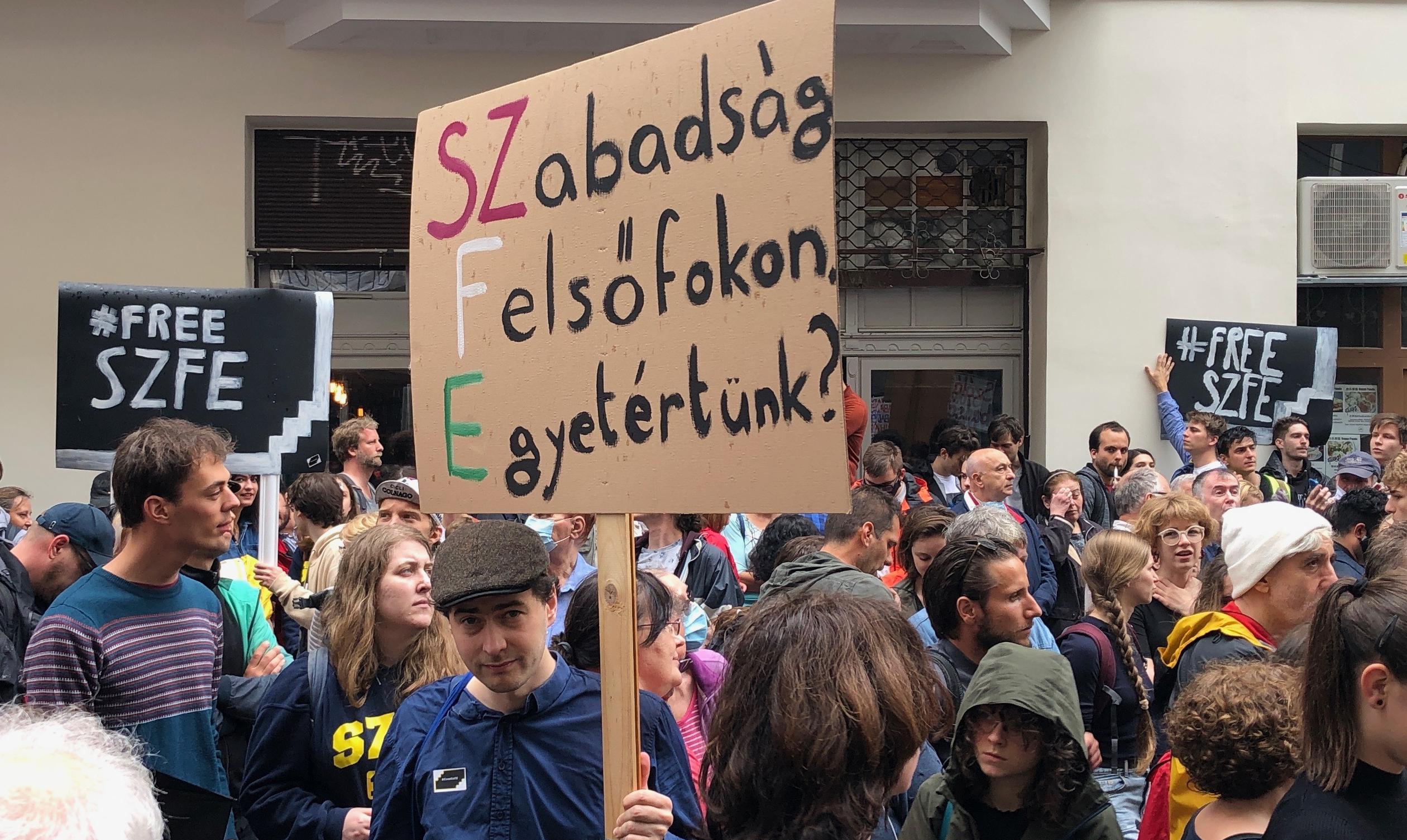 """""""Mi egyetemi polgárok tudjuk, ki a zsarnok, és tudjuk, mi a szabadság"""""""