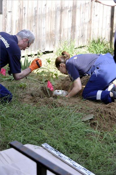5 kilogramm heroint találtak elásva egy nyaraló kertjében