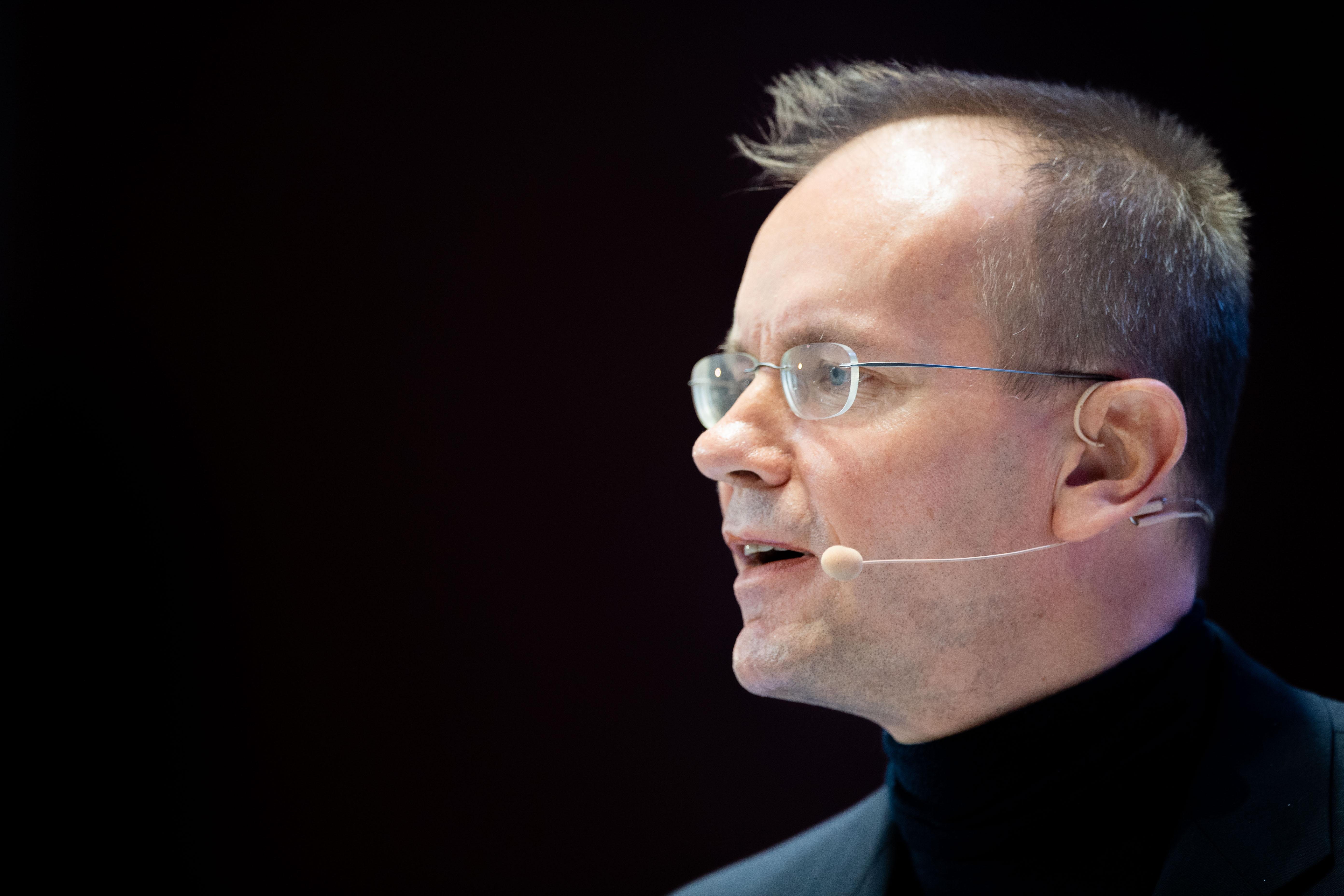 Letartóztatták az egyik legnagyobb német tőzsdei cég vezetőjét