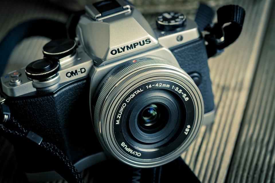 Az Olympus teljesen kiszáll a fényképezőgép-gyártásból