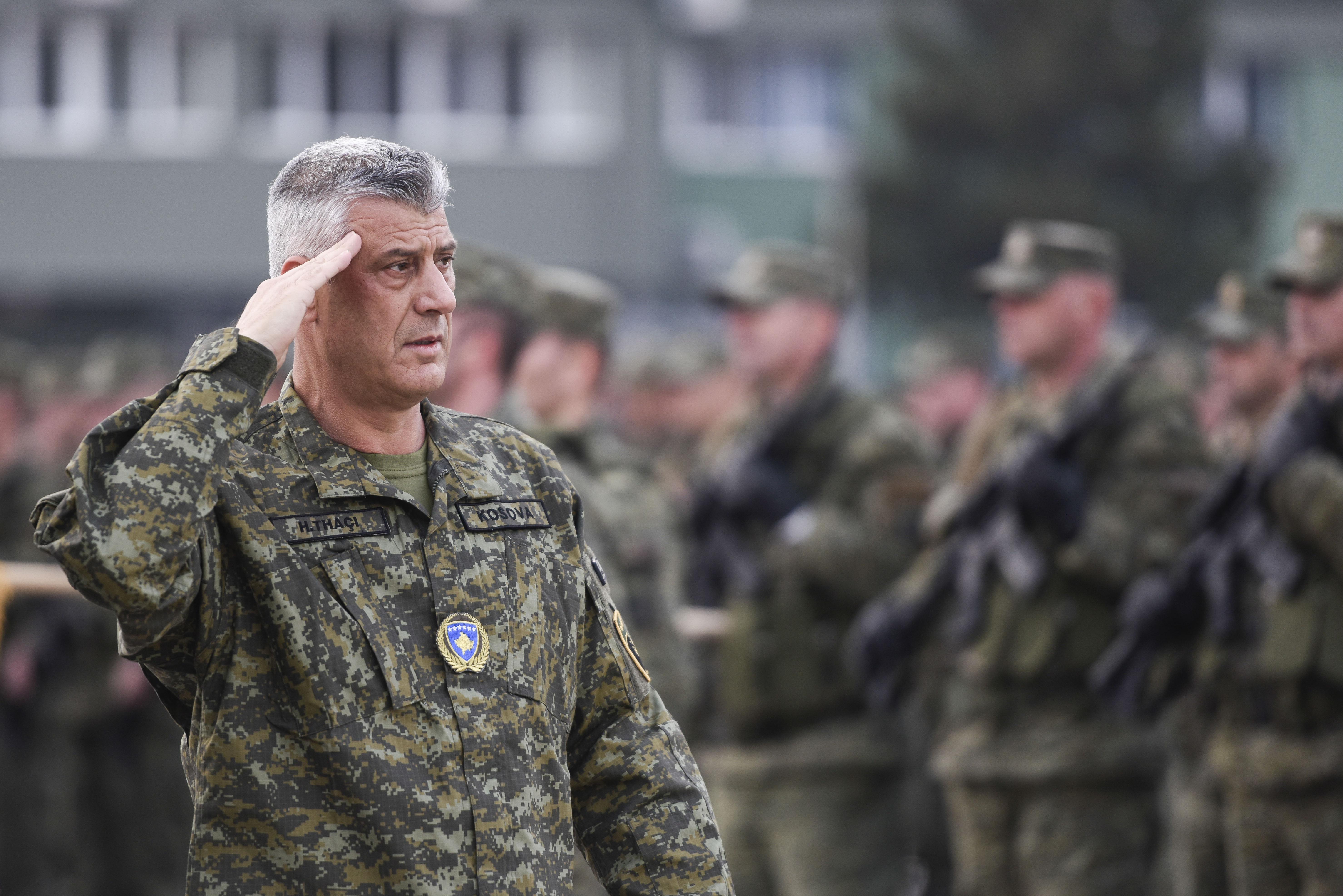 Háborús bűnök miatt emelnek vádat a regnáló koszovói elnök ellen