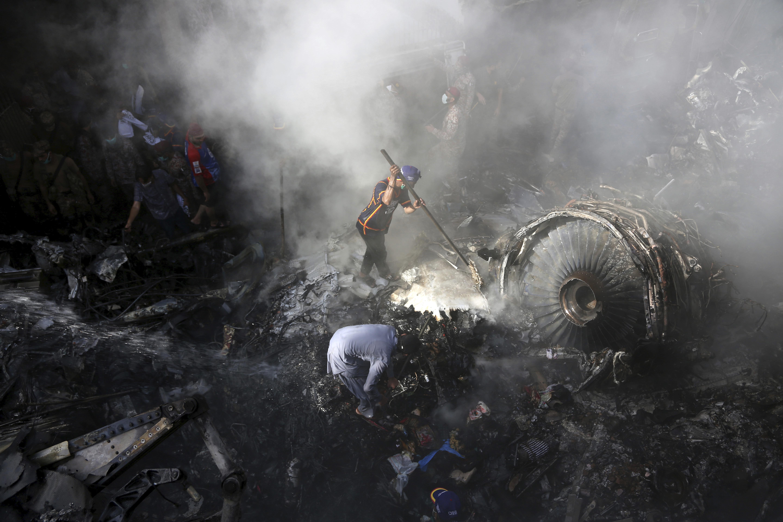 Háromból egy pilótának nincs jogosítványa Pakisztánban
