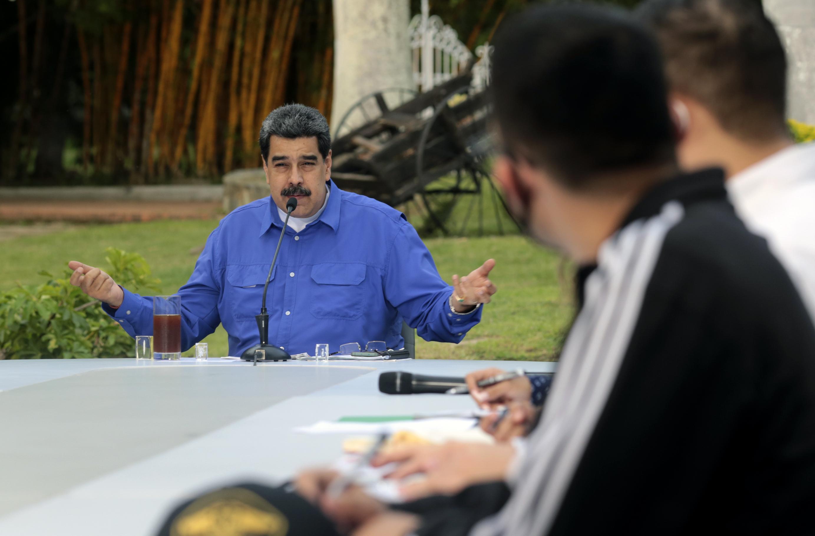Az ellenzéki pártok bojkottja mellett elkezdődött a parlamenti választás Venezuelában