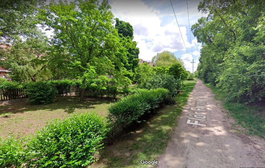 A lakók feje fölött döntött egy utca leburkolásáról a XVIII. kerületi önkormányzat, nem tudnak jól kijönni a helyzetből