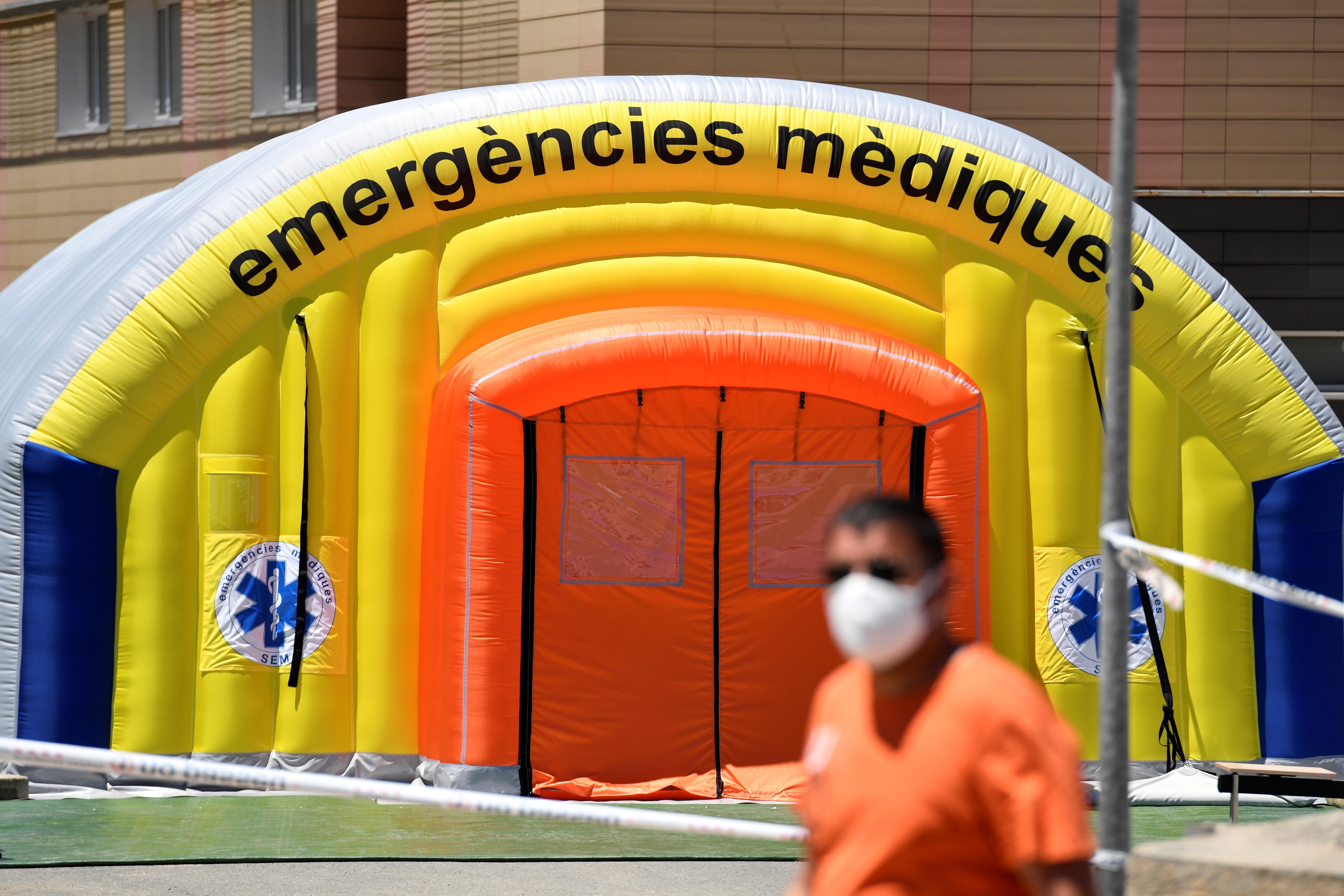 Rekordszámú új fertőzött Bulgáriában, míg Katalóniában 200 ezer ember került vesztegzár alá