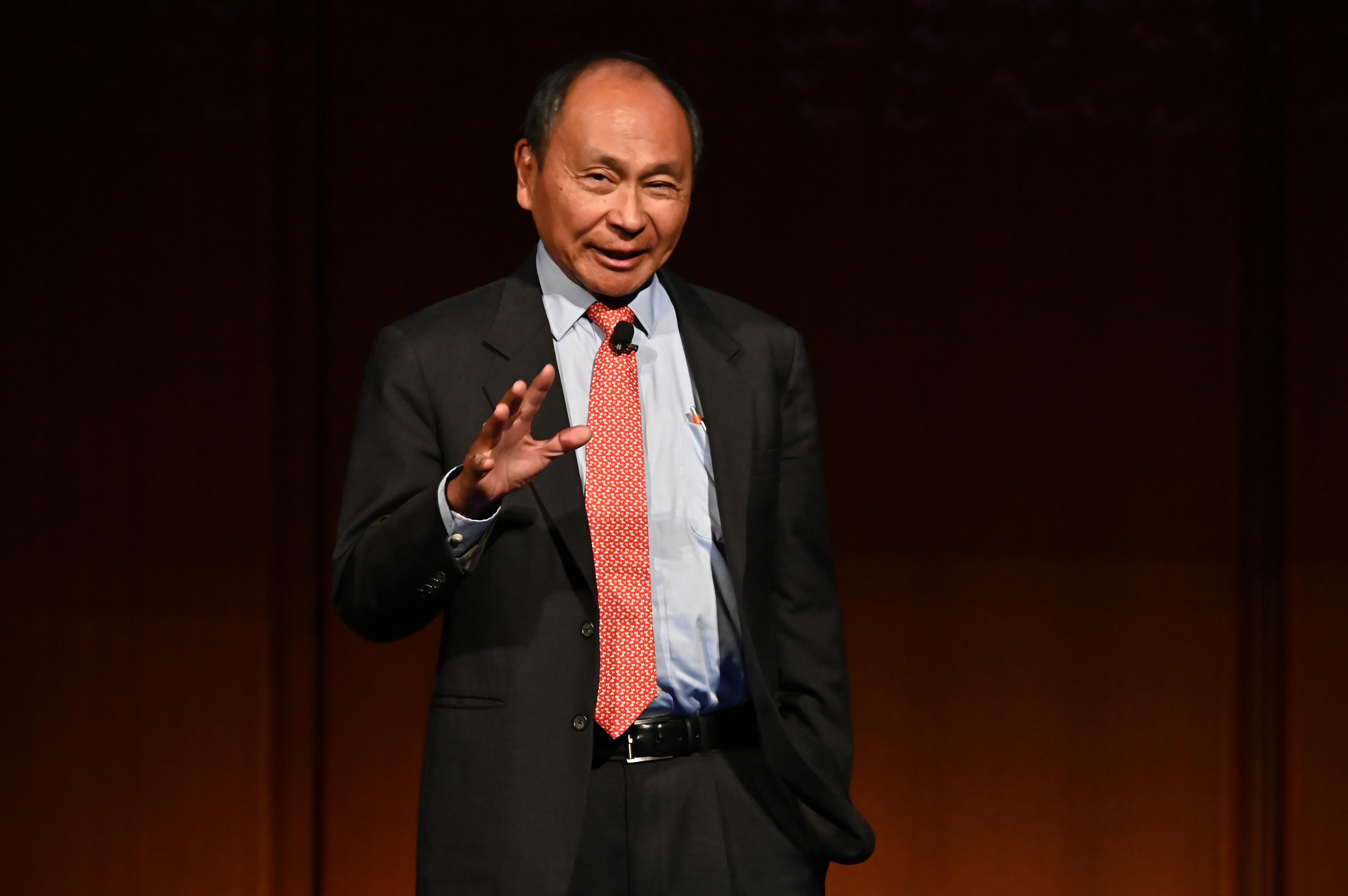 Fukuyama szerint akár valami jó is kisülhetne a világjárványból