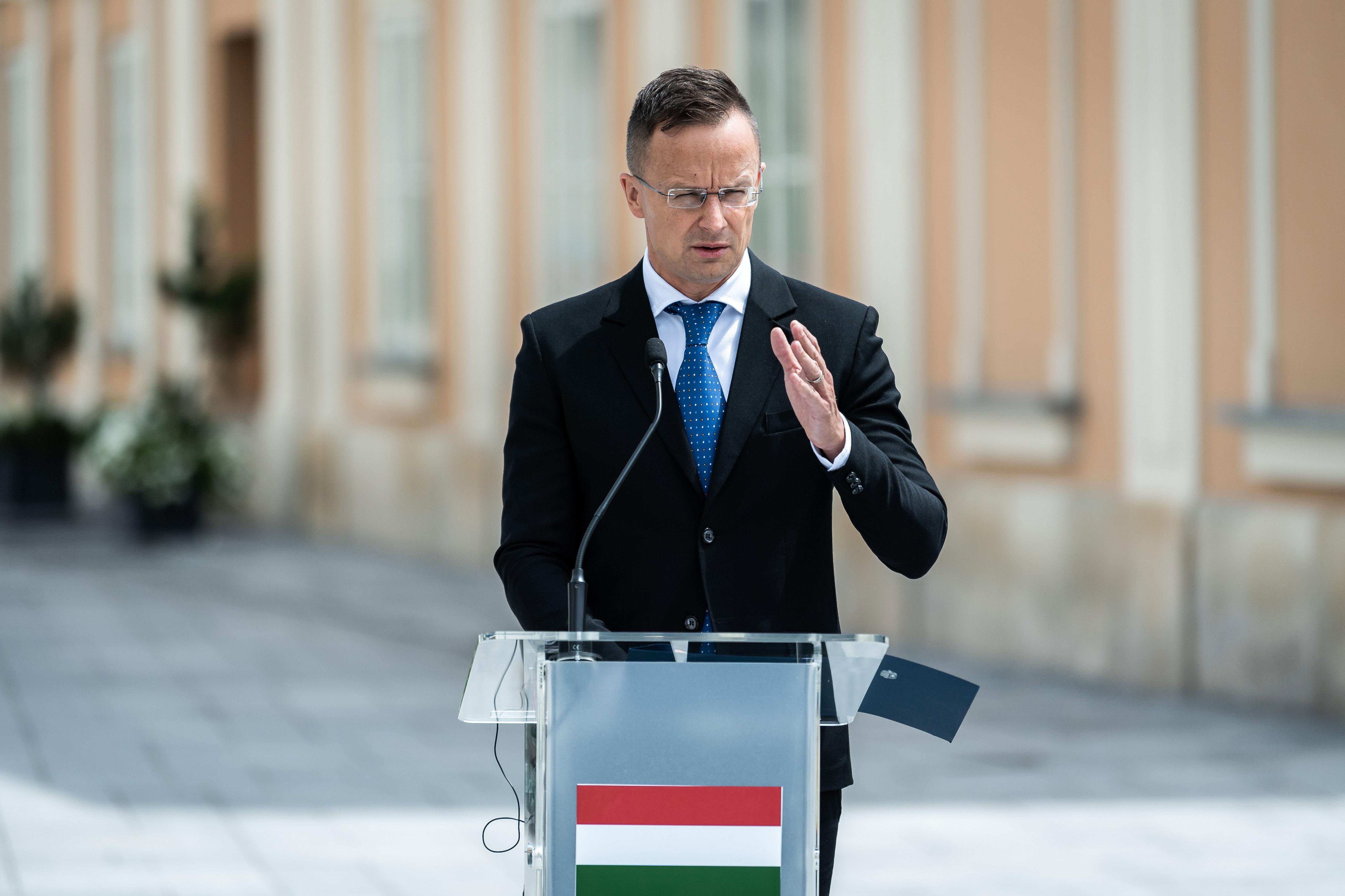 11 milliárdot tolt a külügy a trieszti kikötőcégbe úgy, hogy még mindig nem a magyar államé a terület