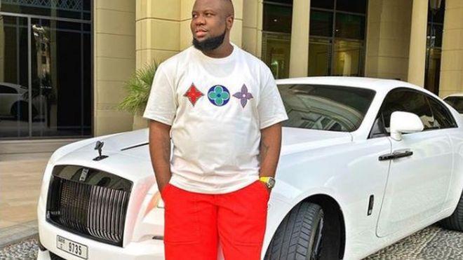 Dubajból rabolhatta el az FBI a nigériai csaló-luxusinfluenszer Hushpuppit