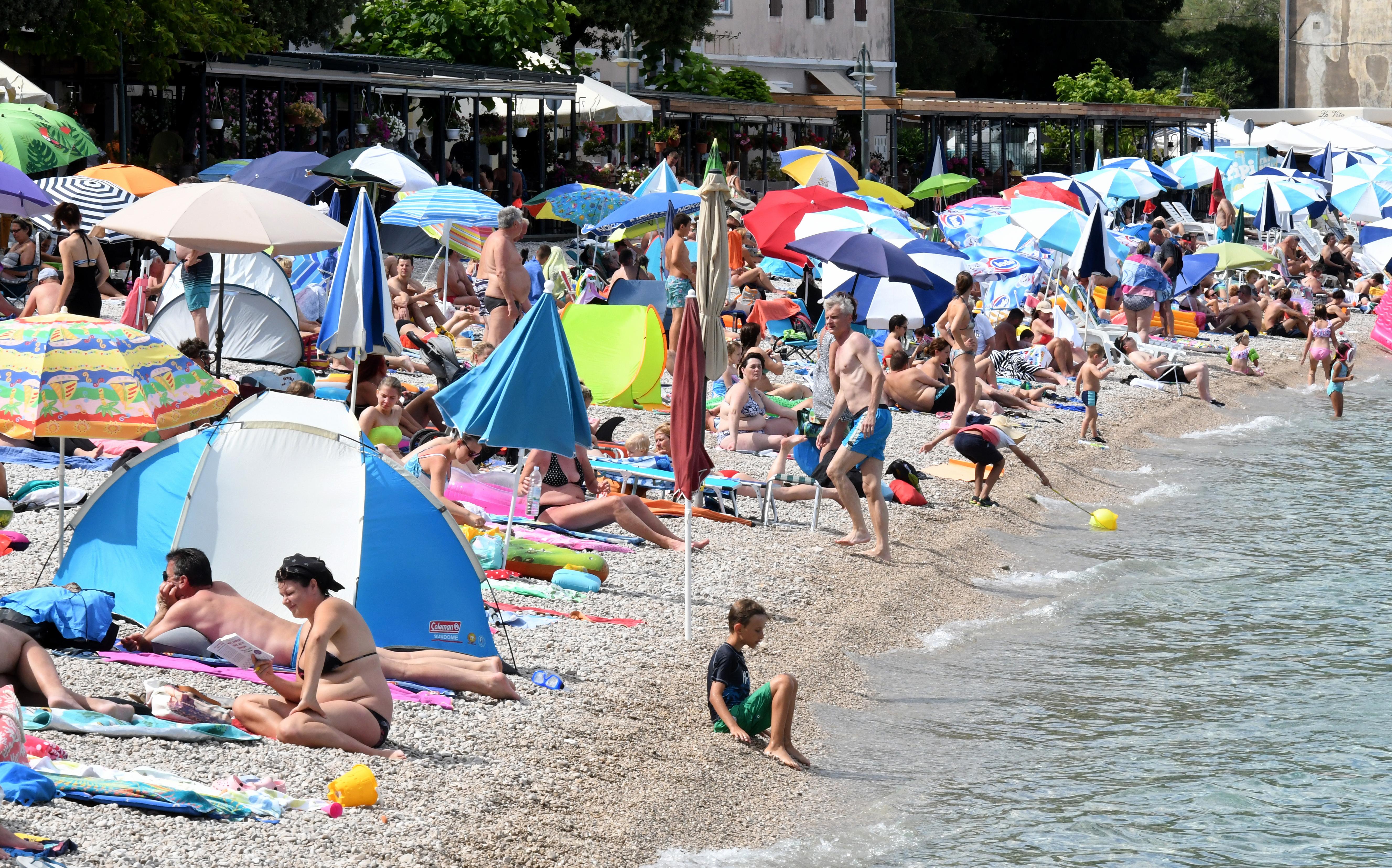Horvátország tovább enyhített a határátlépésen