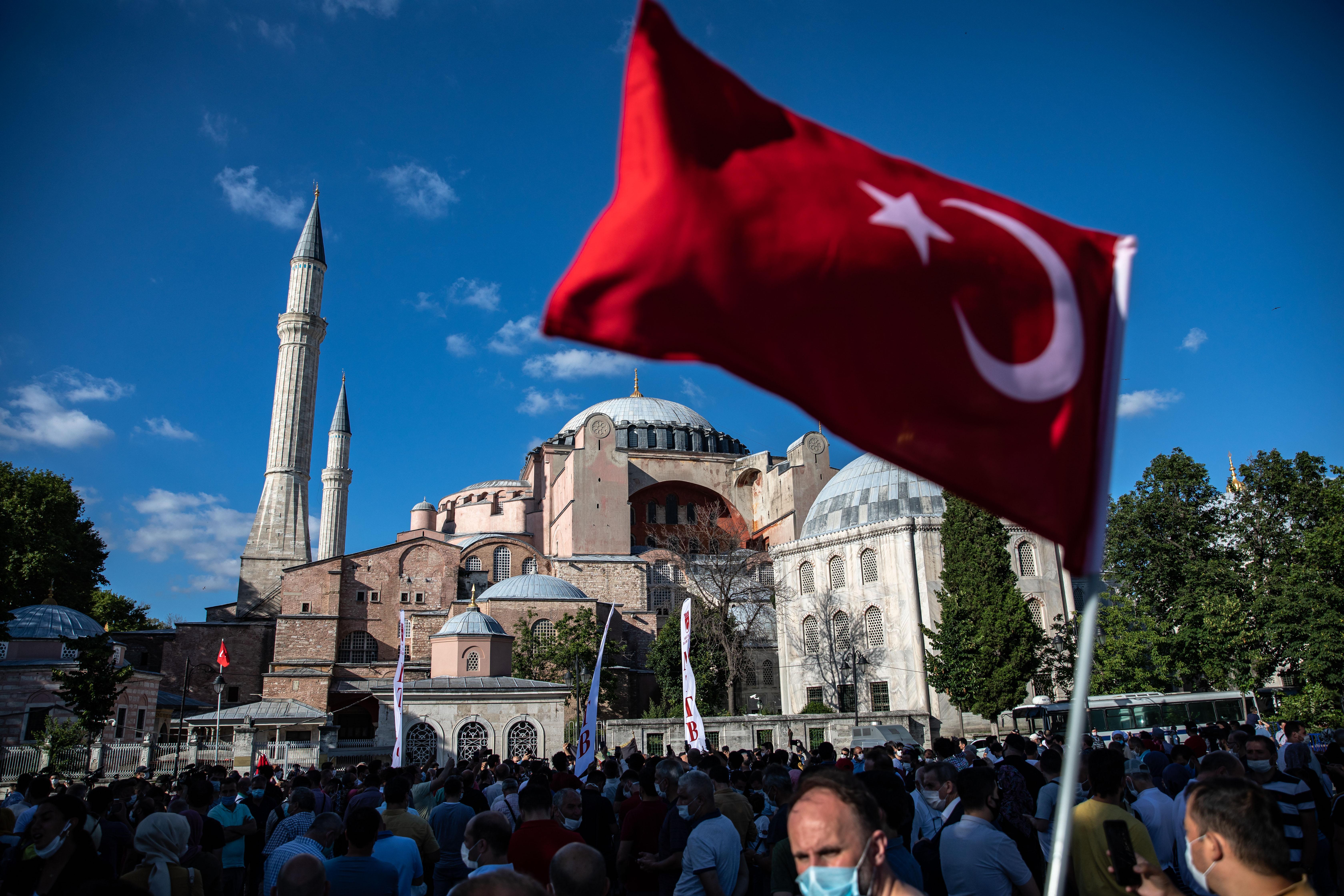 Eldurvult a vita Isztambul és Athén között a Hagia Sophia miatt