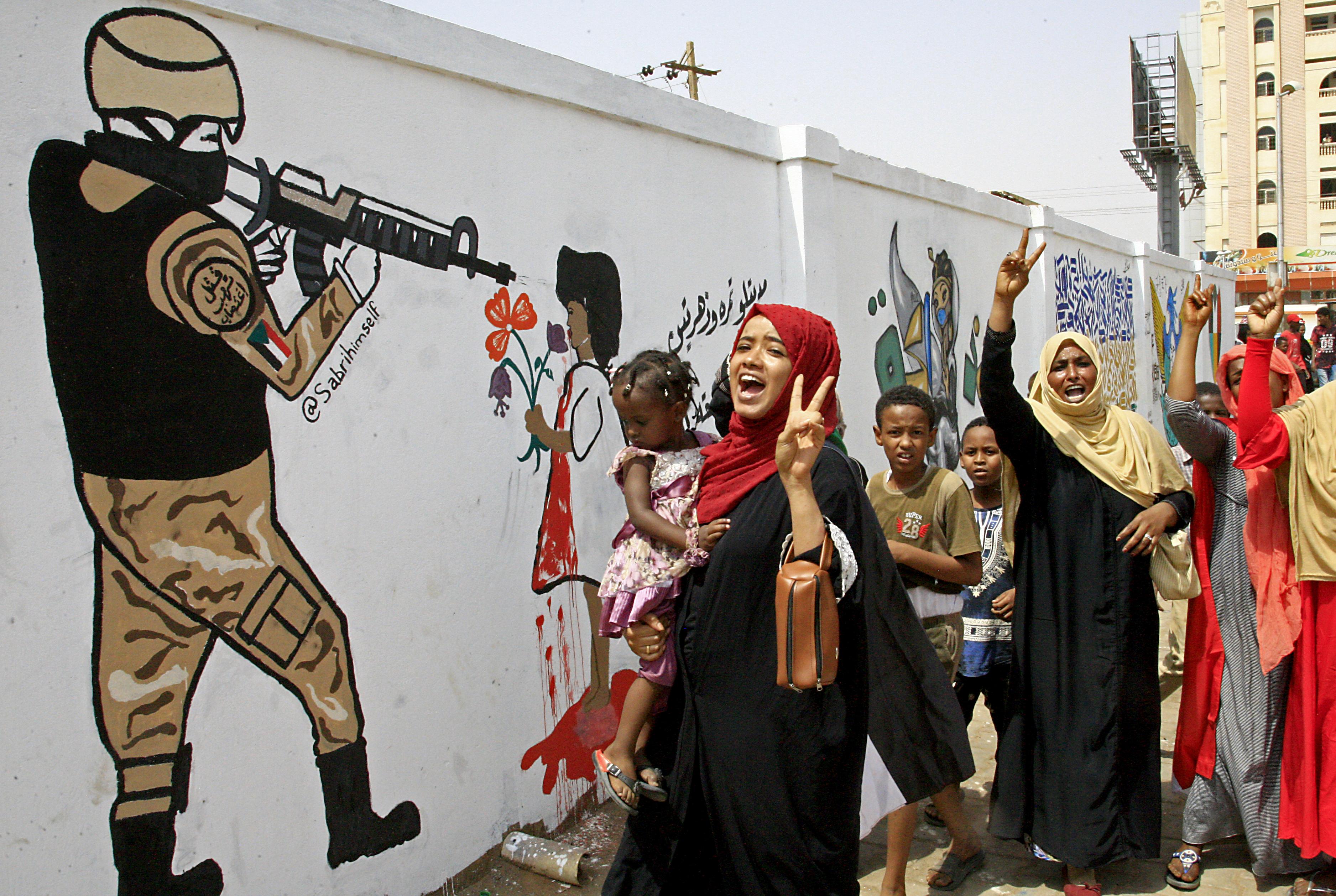 Trump: 335 millió dollárért cserébe lekerülhet Szudán a terrorizmust finanszírozó államok feketelistájáról