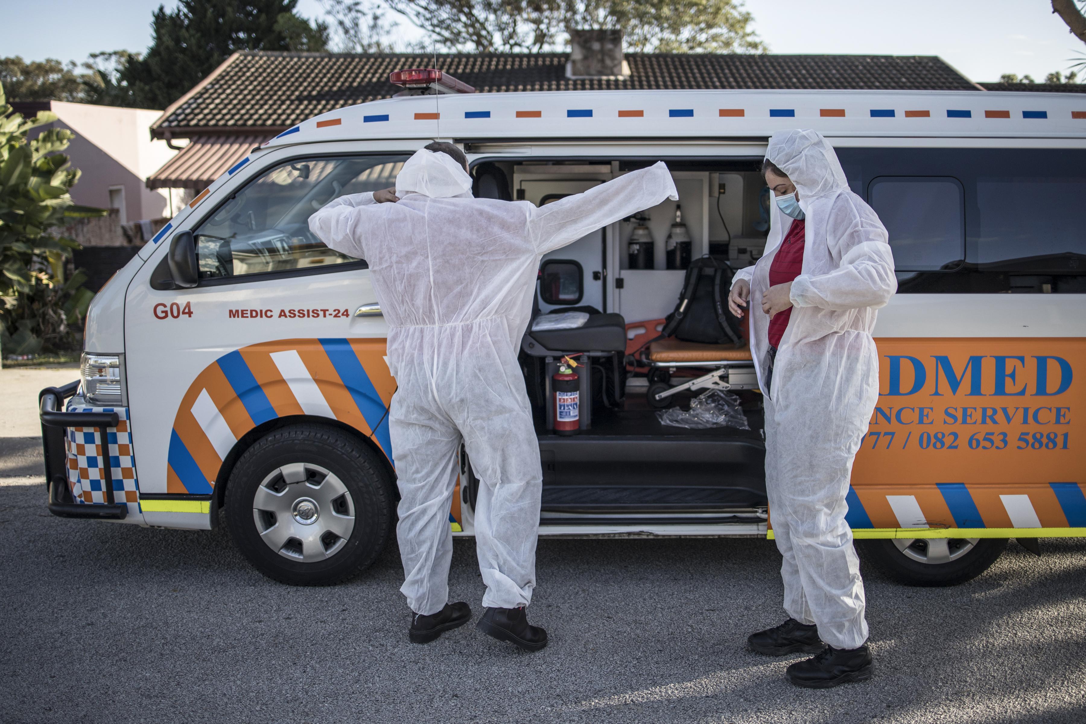Dél-Afrikában alkoholtilalommal küzdenek a koronavírus ellen