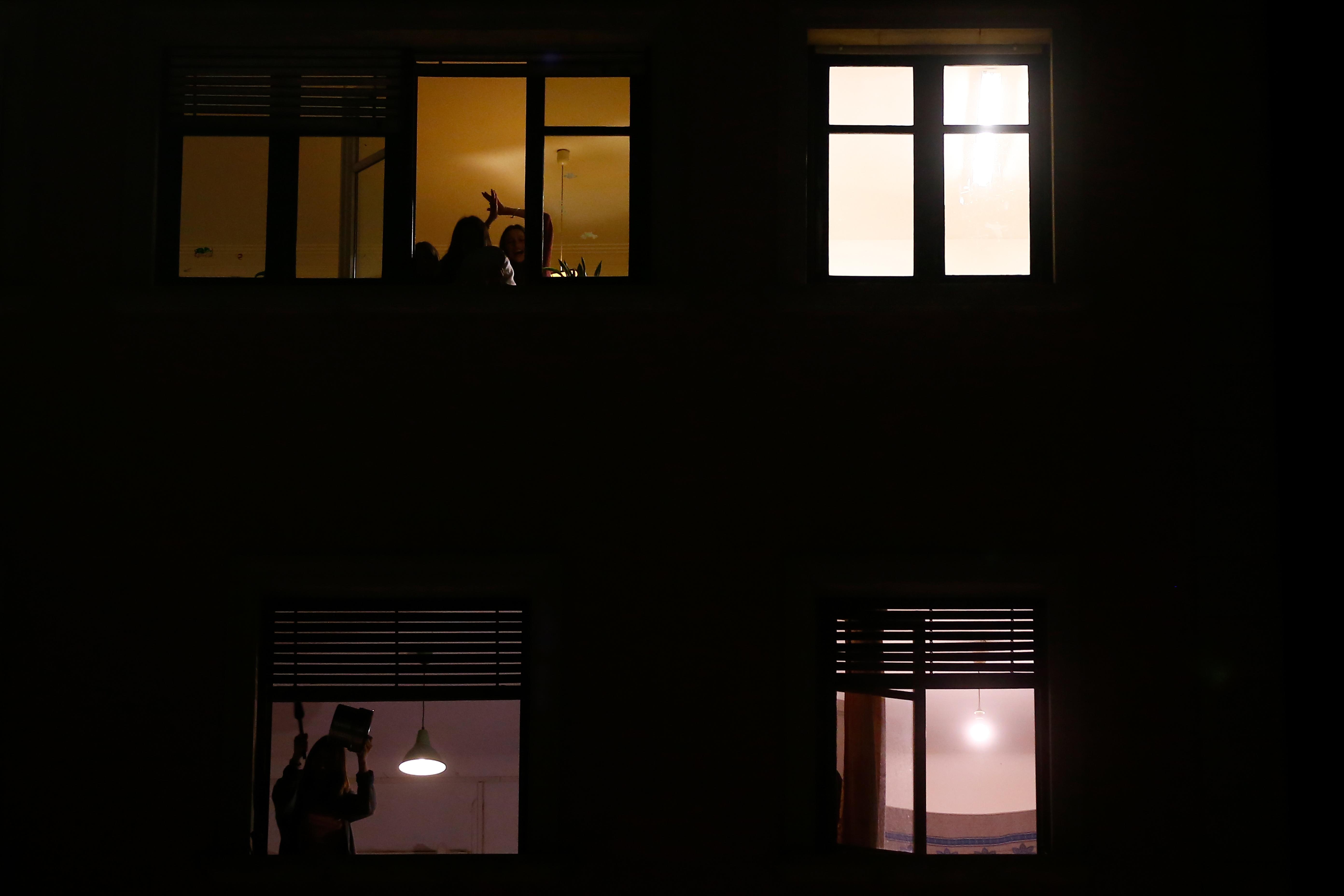 Barcelona a piaci ár feléért kisajátítja a két éve üresen álló lakásokat