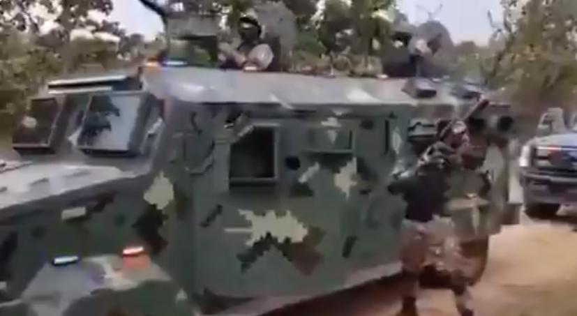 A hadsereget megszégyenítő felszerelésével vagánykodott a neten a legerősebb mexikói kartell