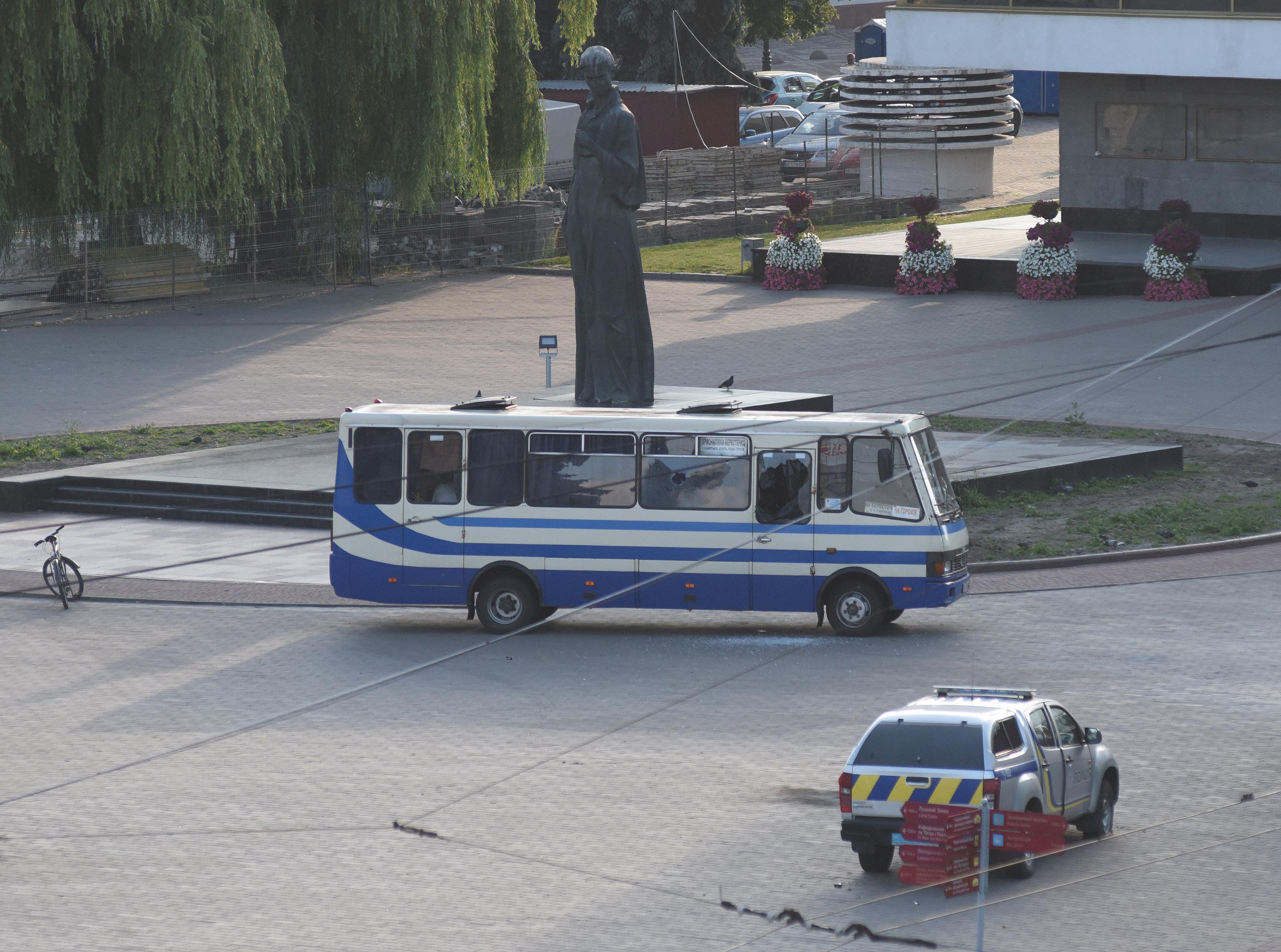 Őrizetbe vették az ukrajnai busz utasait túszul ejtő fegyverest