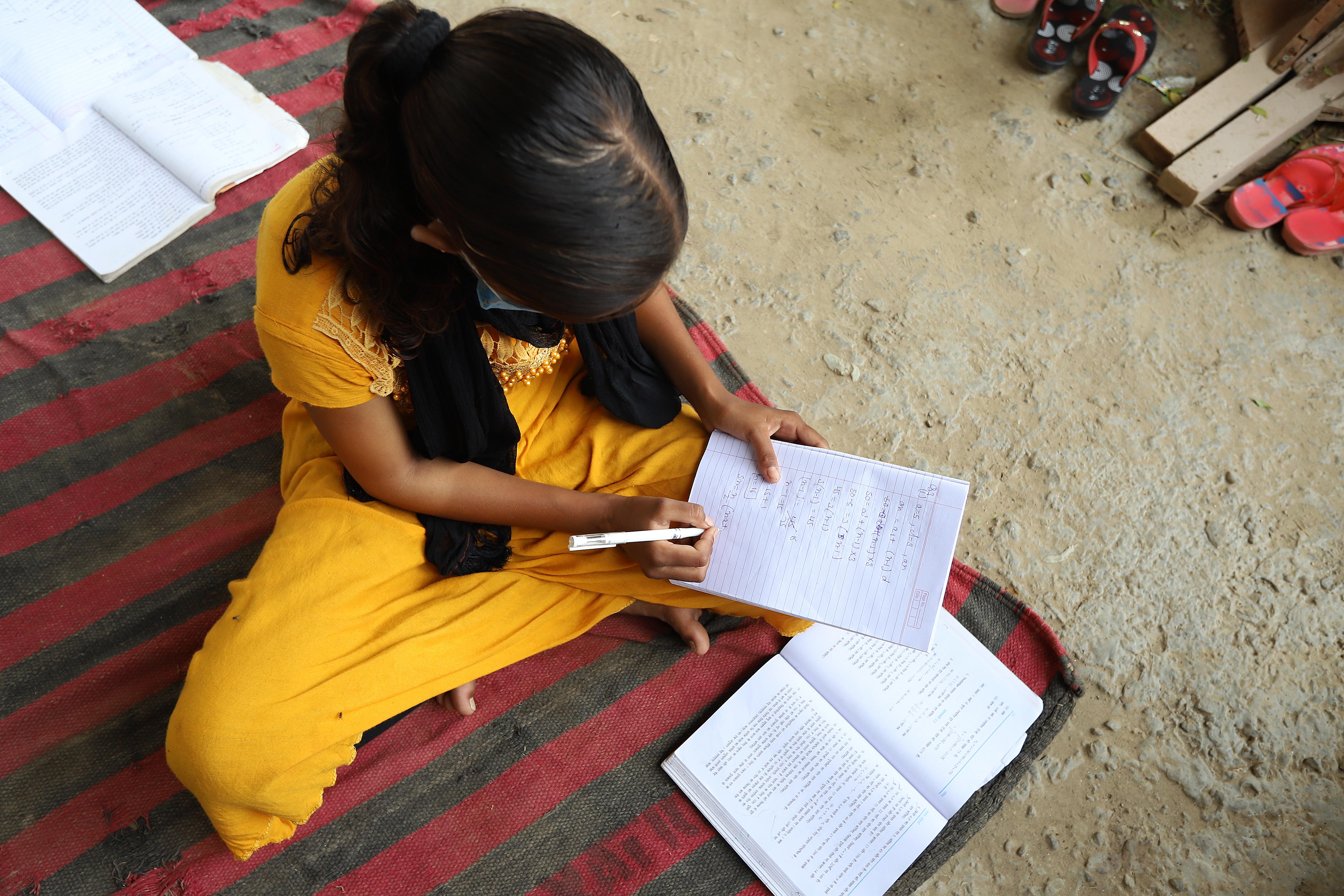 Világszerte gyerekek millióinak életesélyeit teszi tönkre a járvány