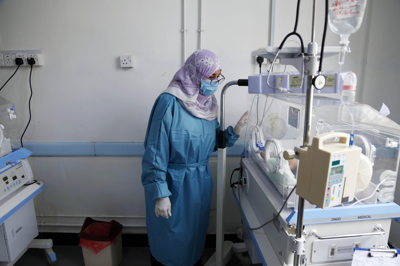 Jemeniek tízezrei halhatnak meg kolerában, mert a koronavírus miatt nem mernek kórházba menni