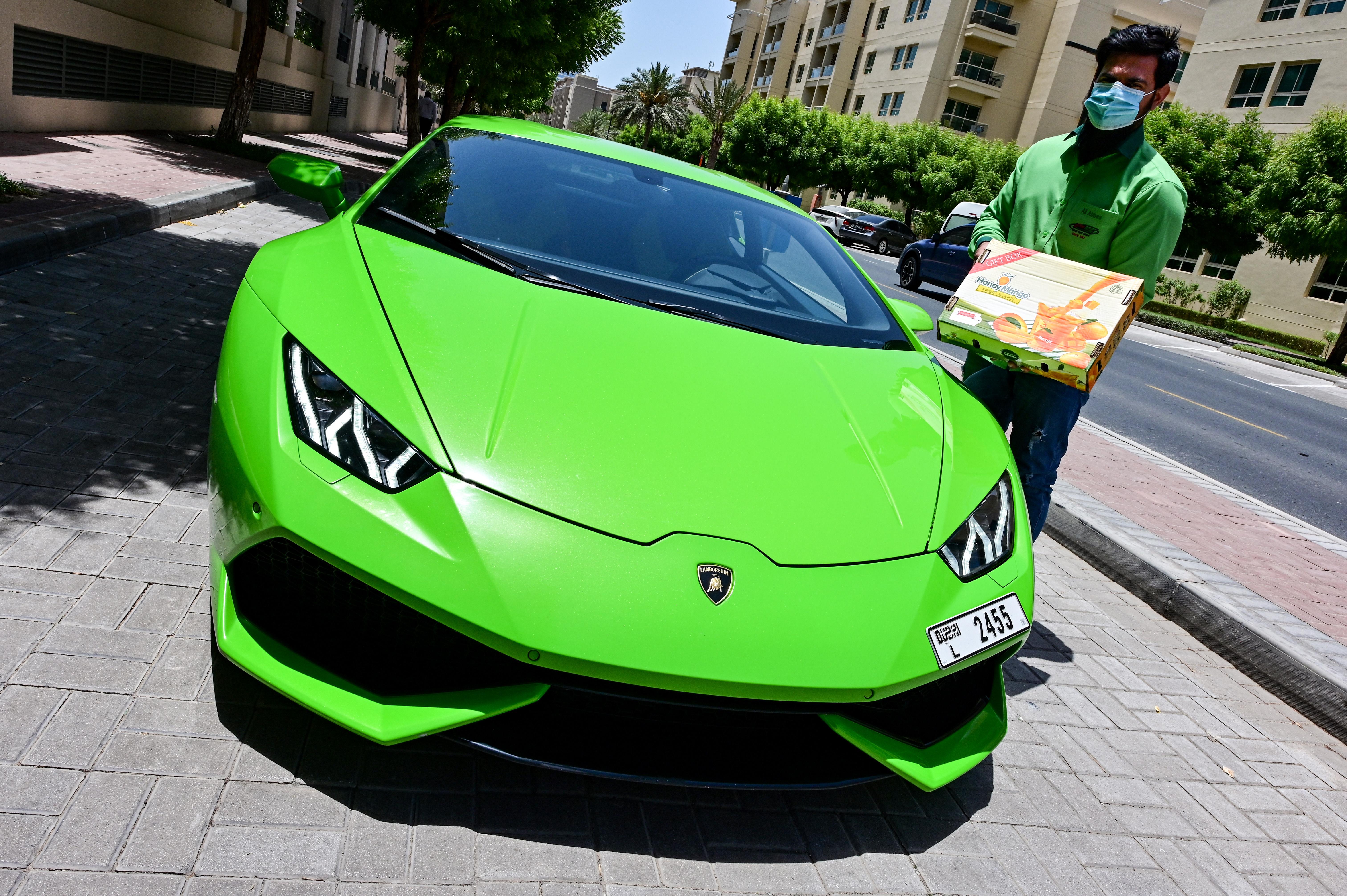 Letartóztattak egy floridai férfit, mert Lamborghinit vett a kkv-támogatásból