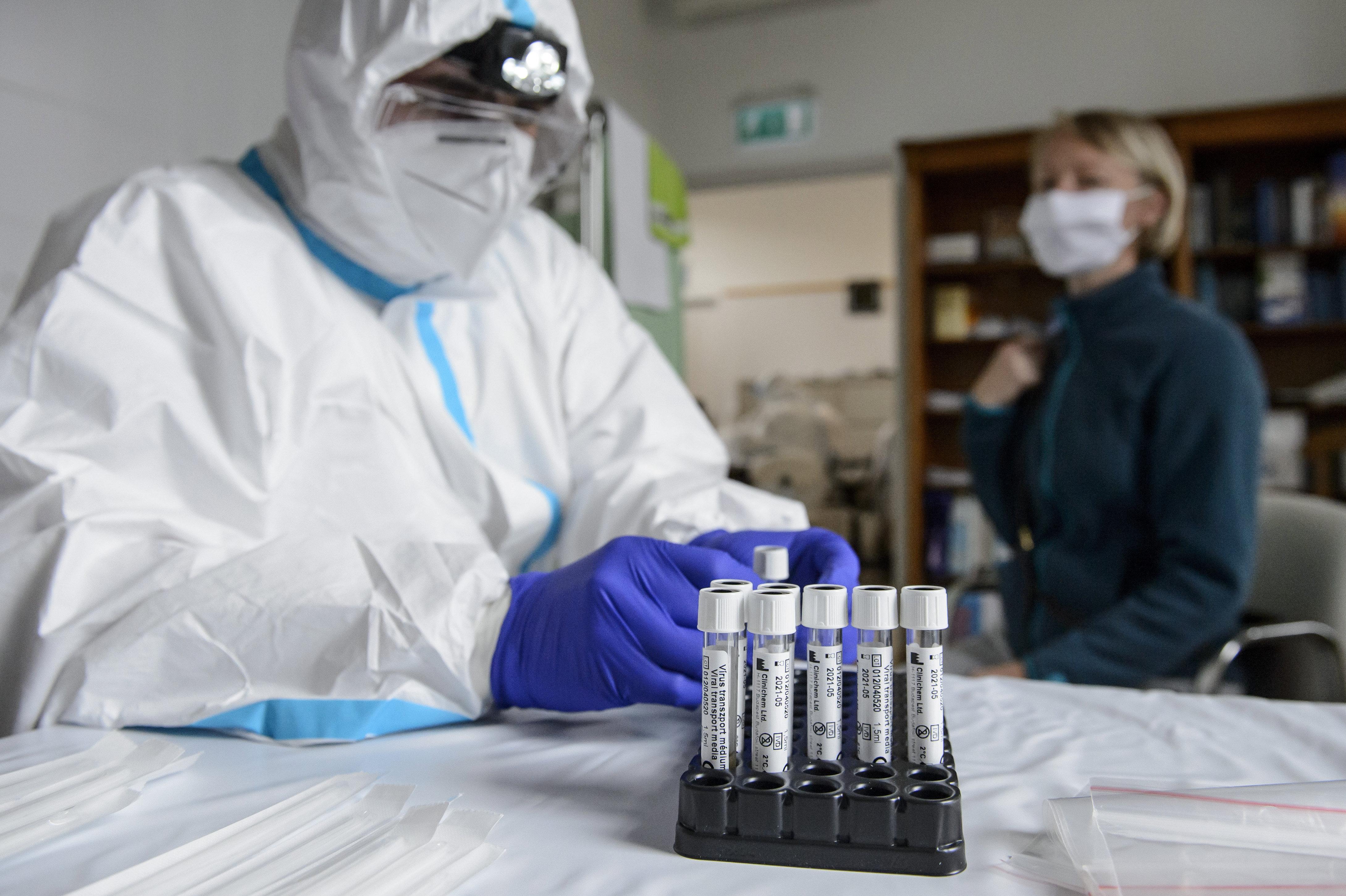 15 lakó lett koronavírusos az egyik óbudai idősotthonban