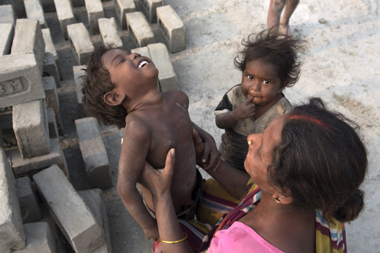 UNICEF: Minden harmadik gyerek a világon ólommérgezésnek van kitéve