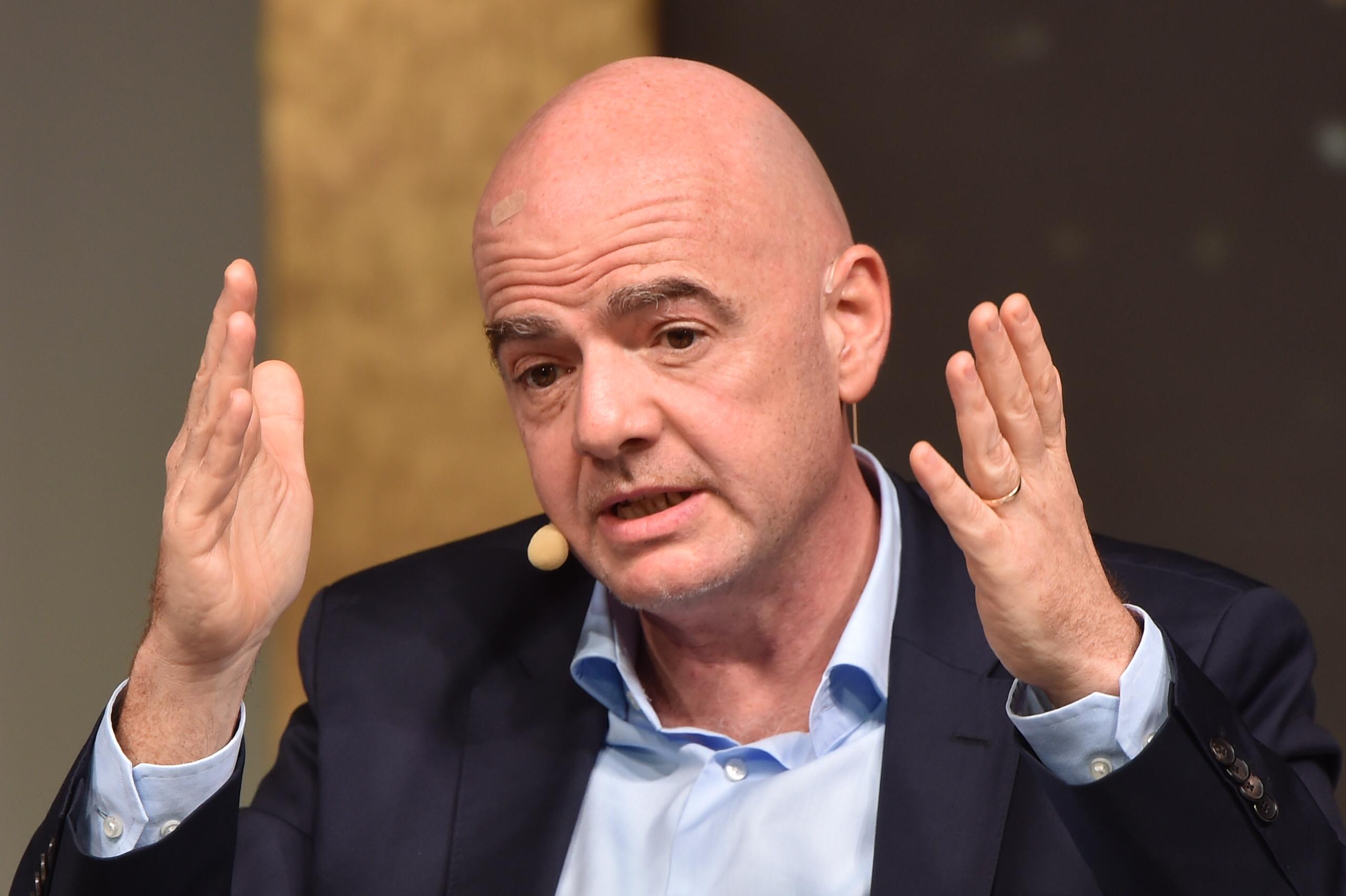 Büntetőeljárást indítottak a FIFA elnöke ellen