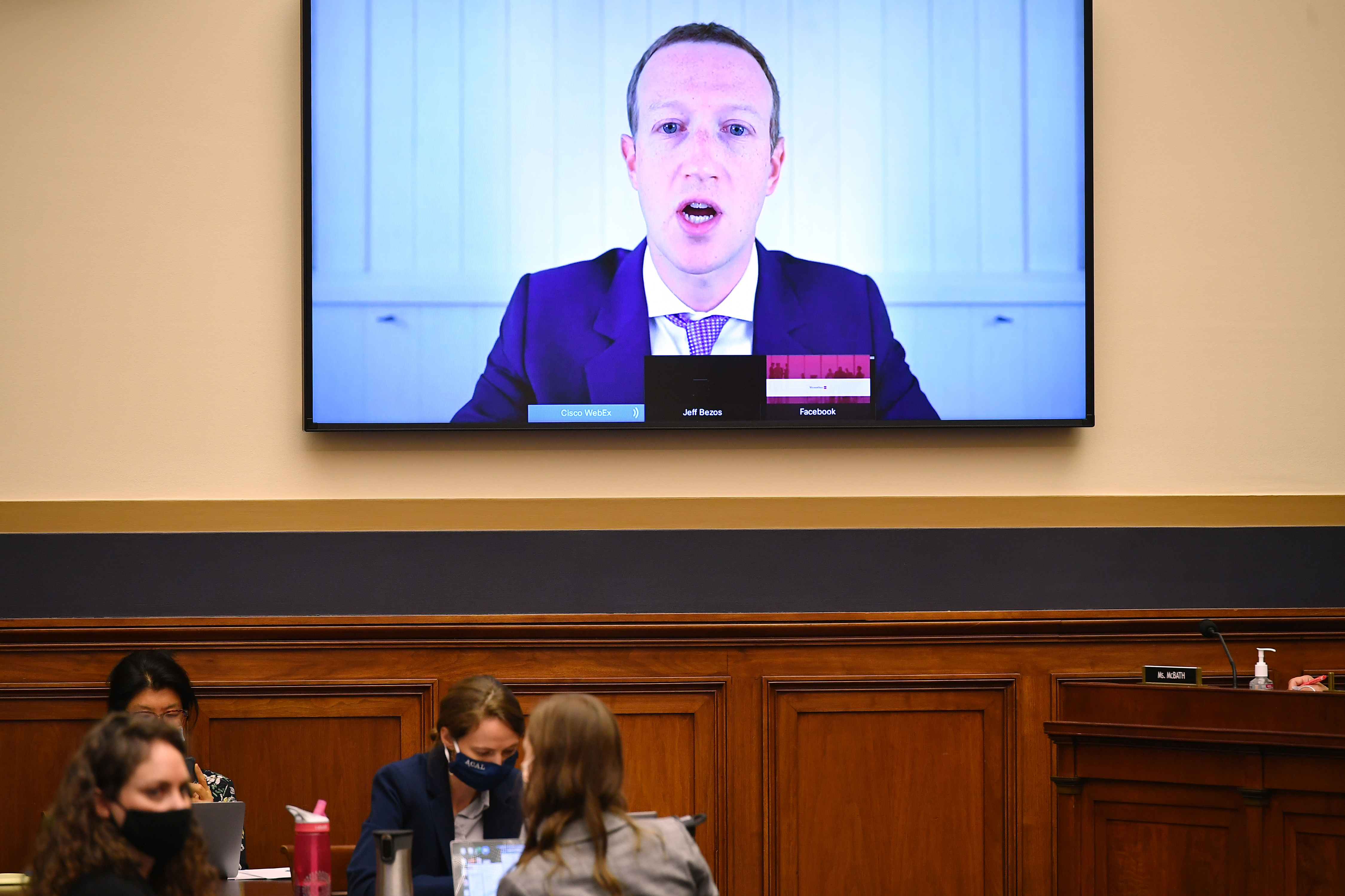 """Bezárja a Facebook az """"adóoptimalizálásra"""" használt ír leányvállalatait"""