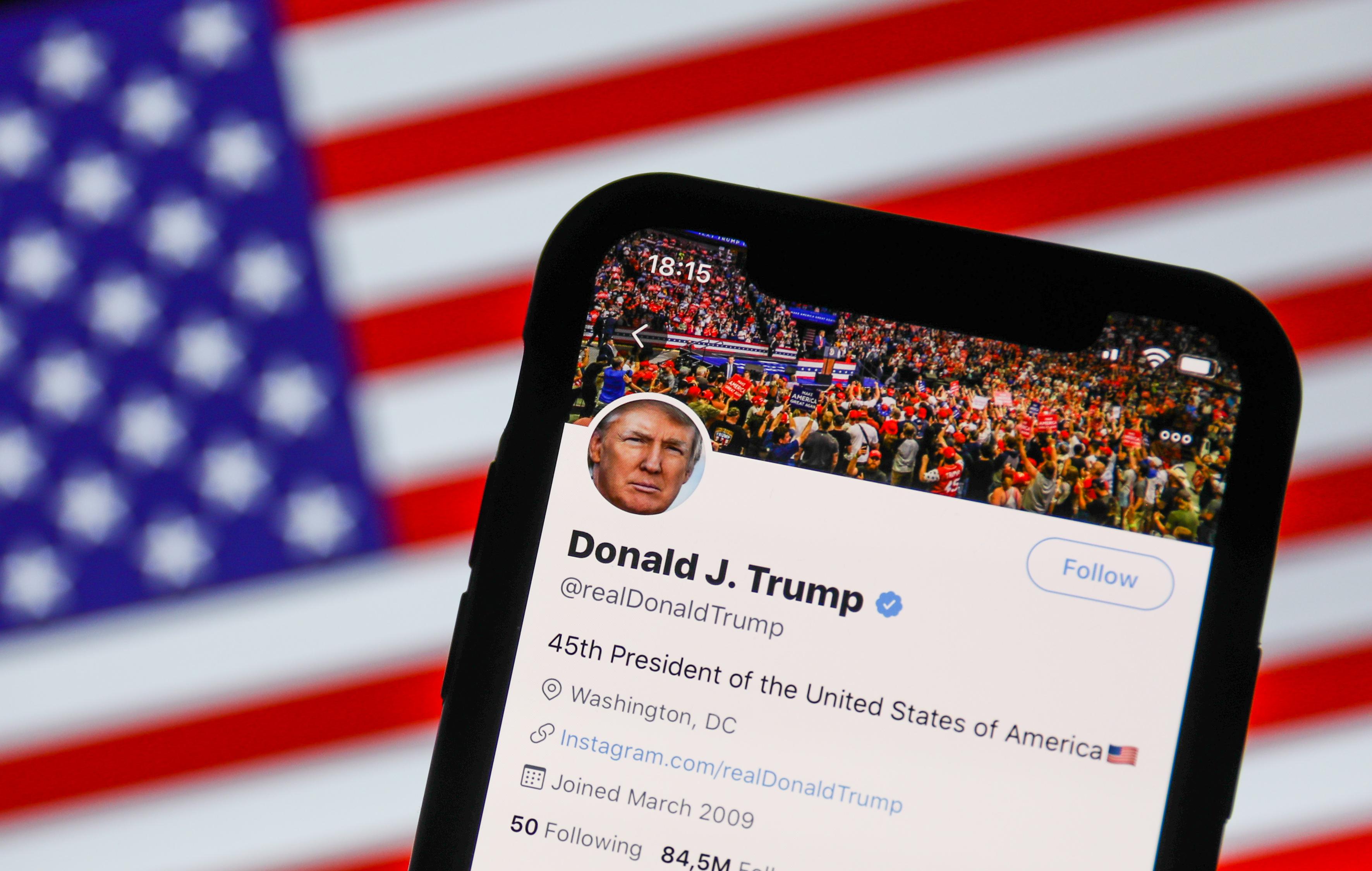 A Twitter tulajdonosa nem ünnepli Trump kitiltását