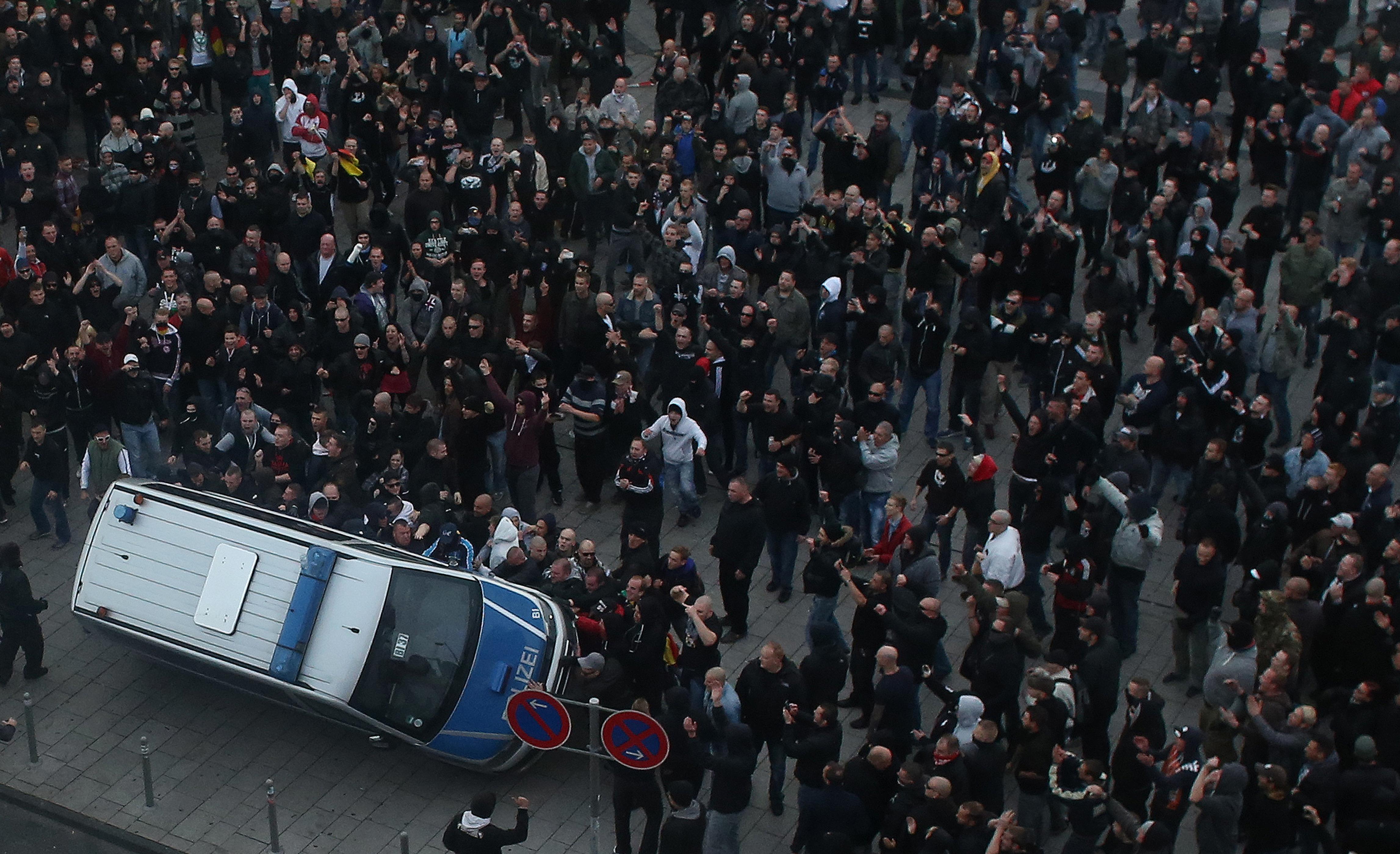 Politikus-gyilkosságokra is fel voltak készülve német neonácik