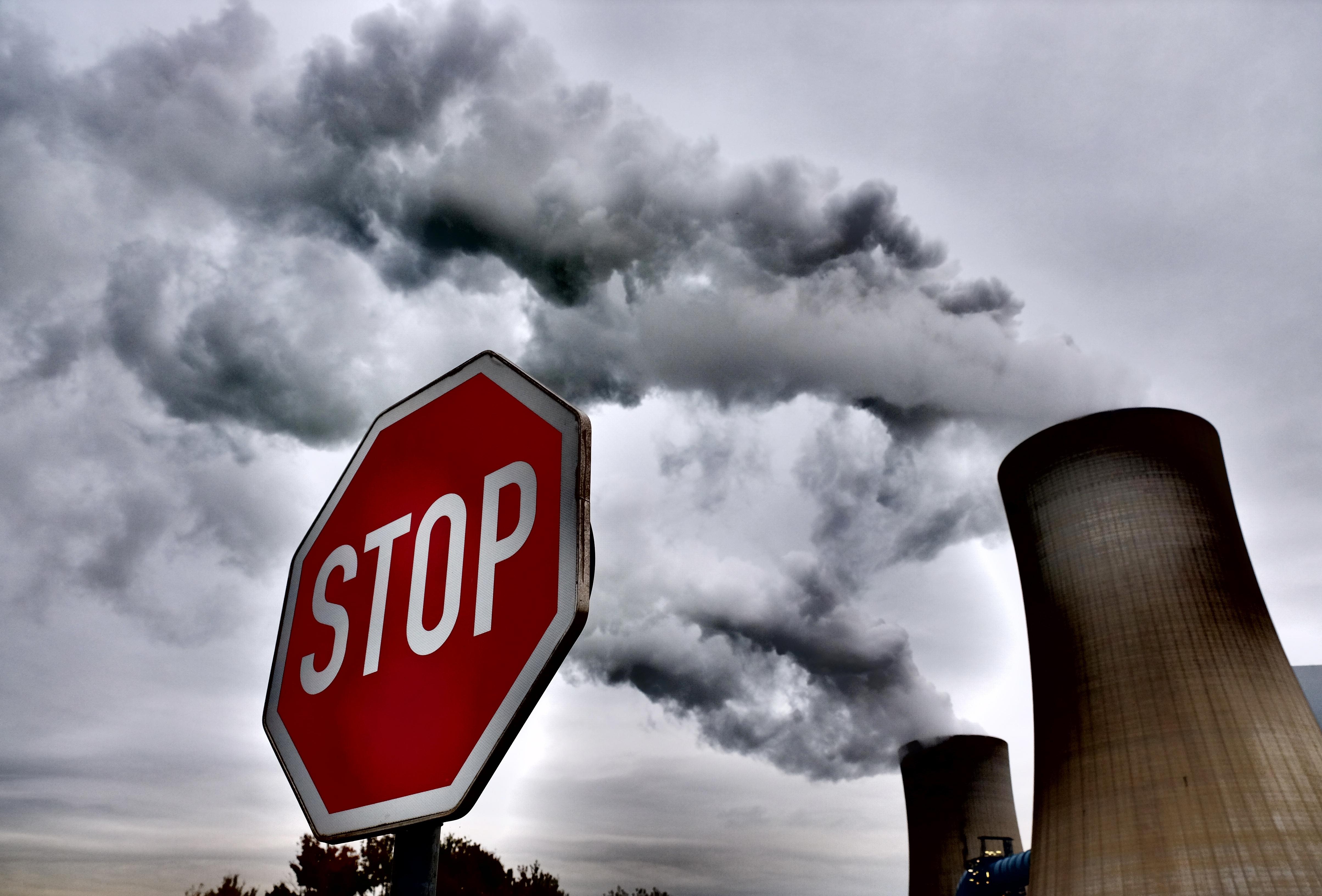 Először csökkent a szénerőművek száma a világban