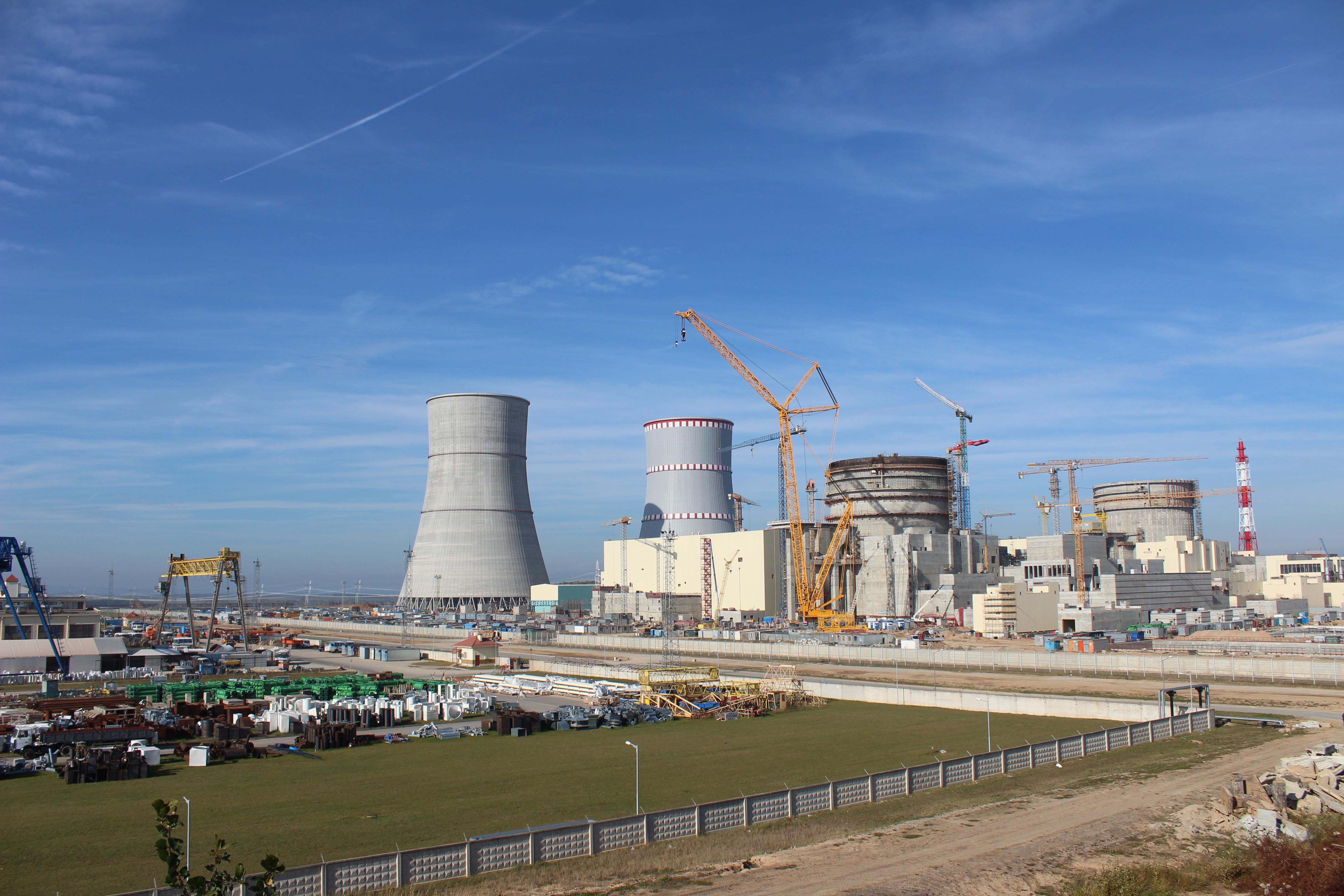 Fehéroroszországban még gyorsan, a választás előtt megkezdték az új atomerőmű beüzemelését