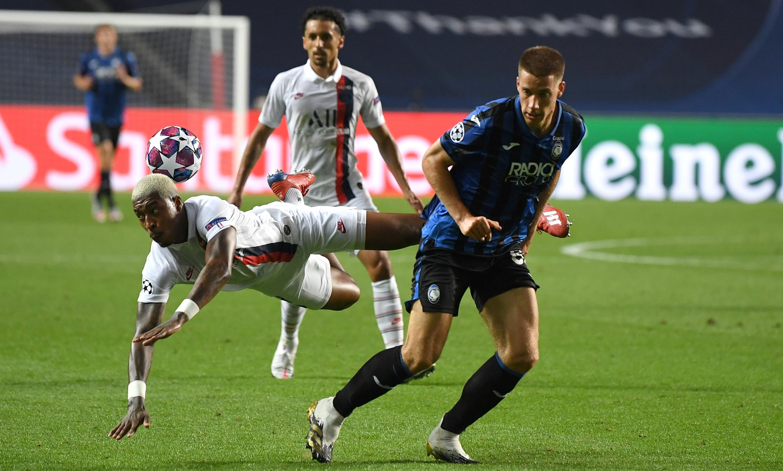 Az utolsó pillanatokban lőtt gólokkal jutott tovább a PSG az Atalanta ellen