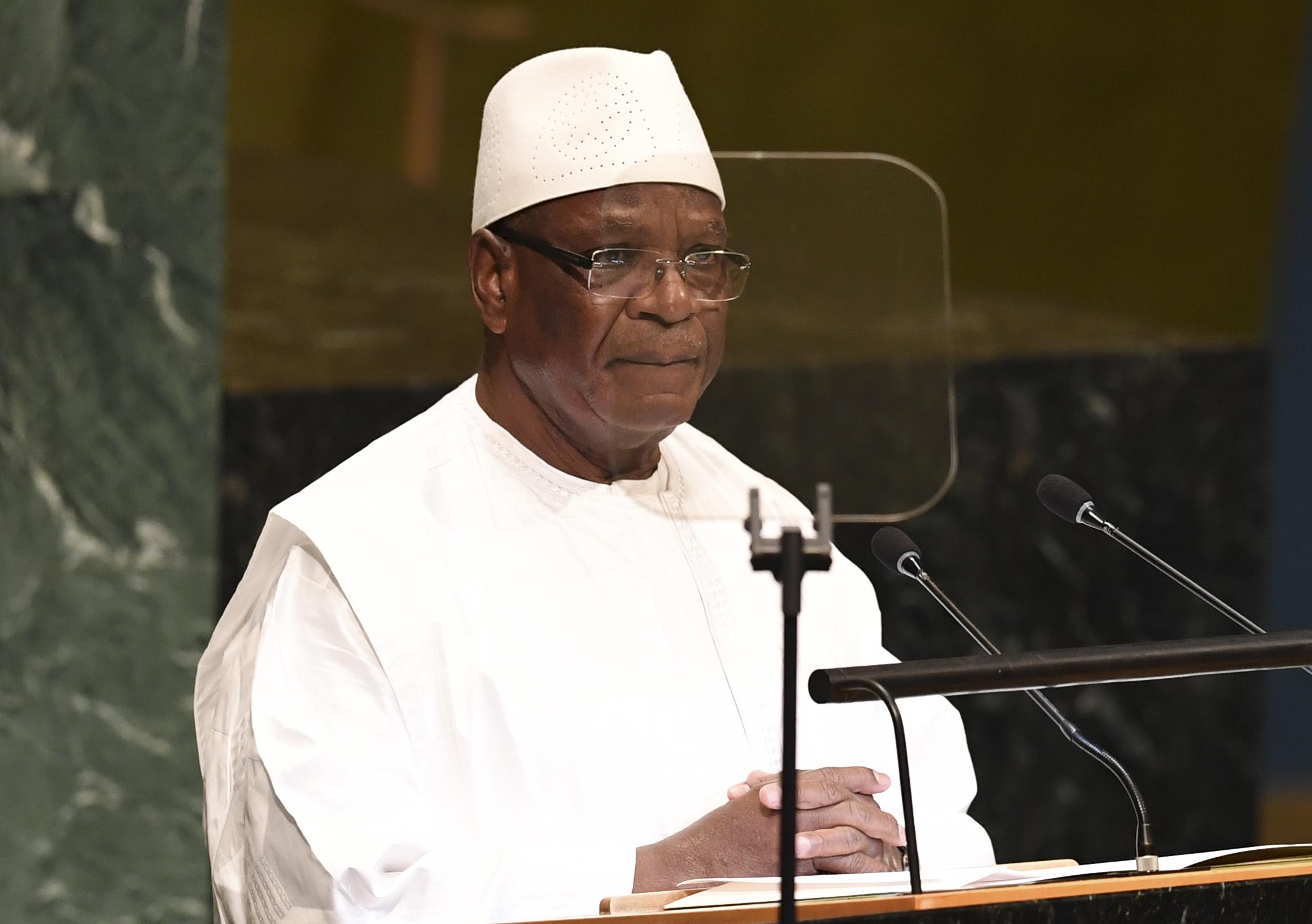 Lemondott Mali elnöke, miután a hadsereg őrizetbe vette