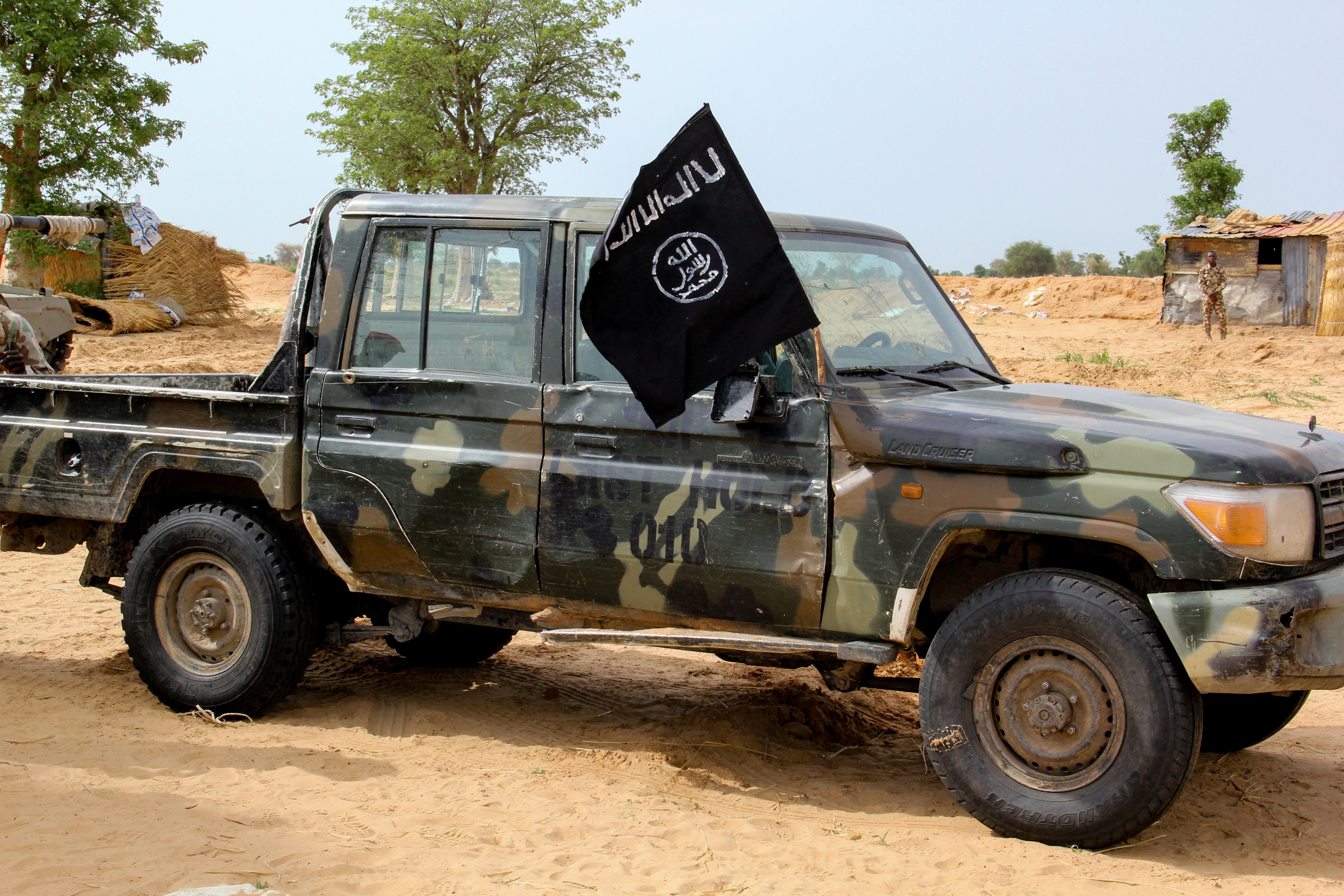 Több száz embert ejtettek túszul dzsihadisták Nigériában
