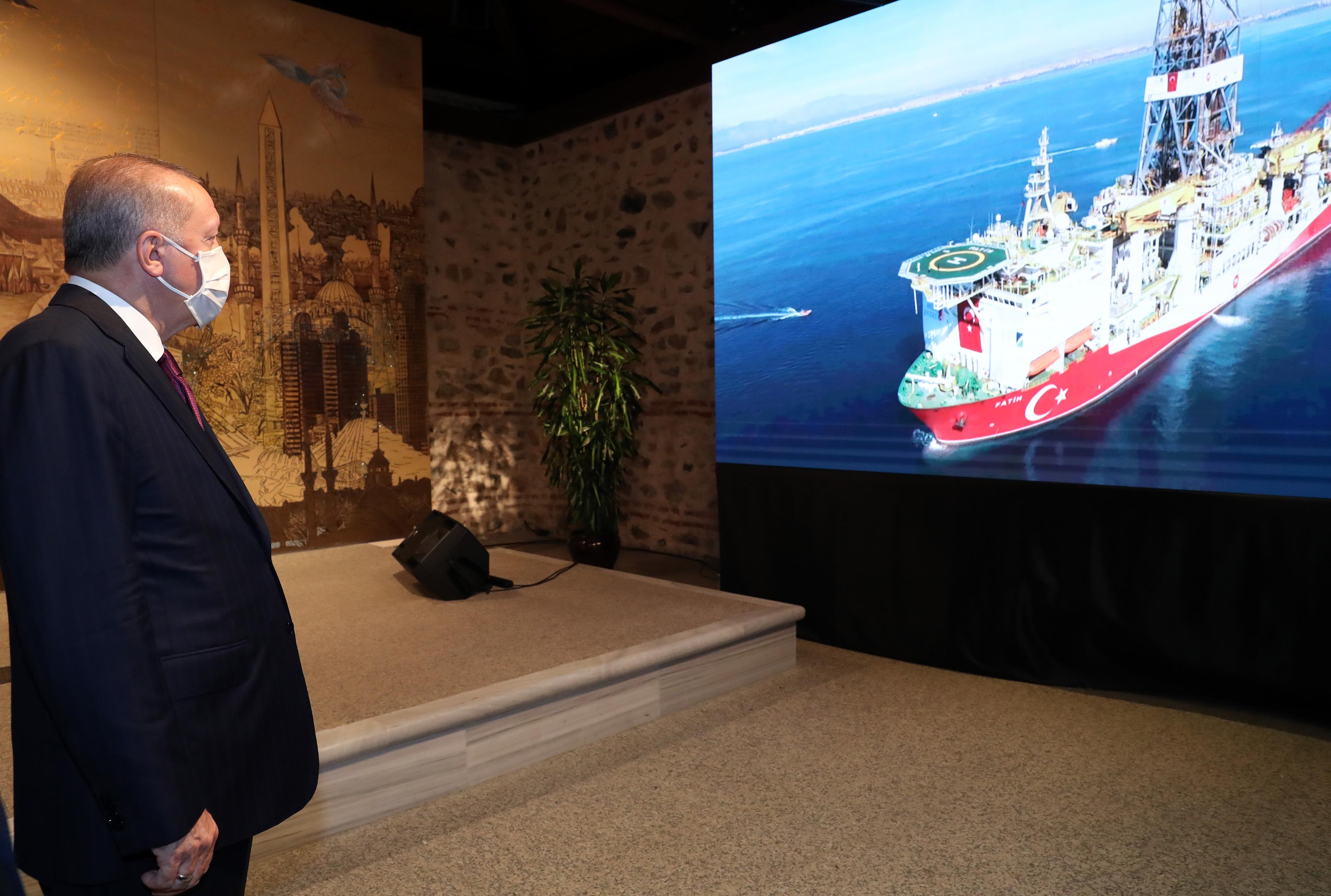 Erdogan azt állítja, hogy rengeteg földgázt találtak a Fekete-tenger alatt