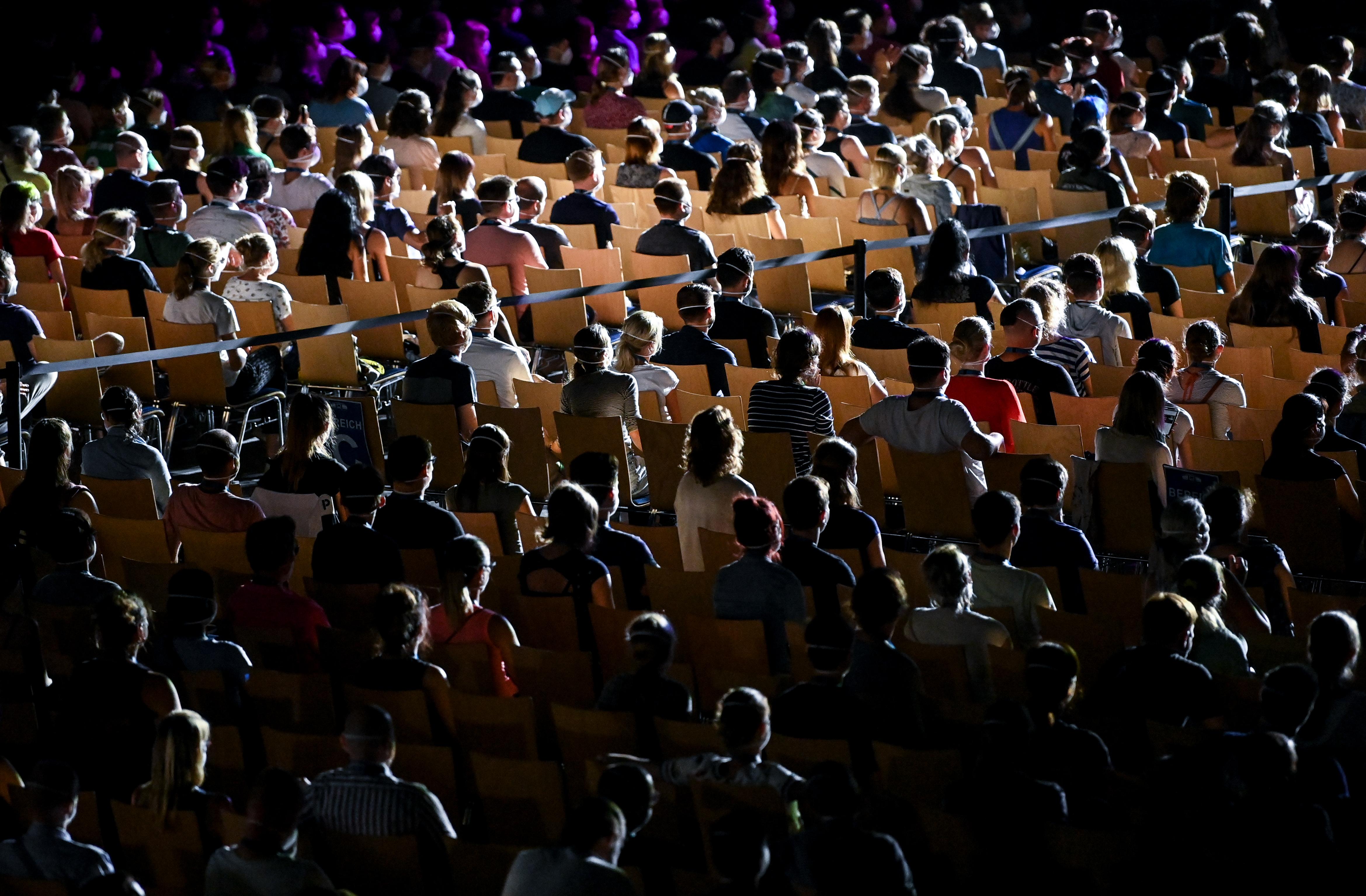 Több mint ezer emberen tesztelték Lipcsében, hogyan lehetne biztonságos koncerteket tartani