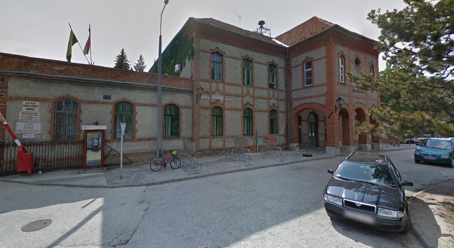 Látogatási tilalmat vezettek be a székesfehérvári oktatókórházban