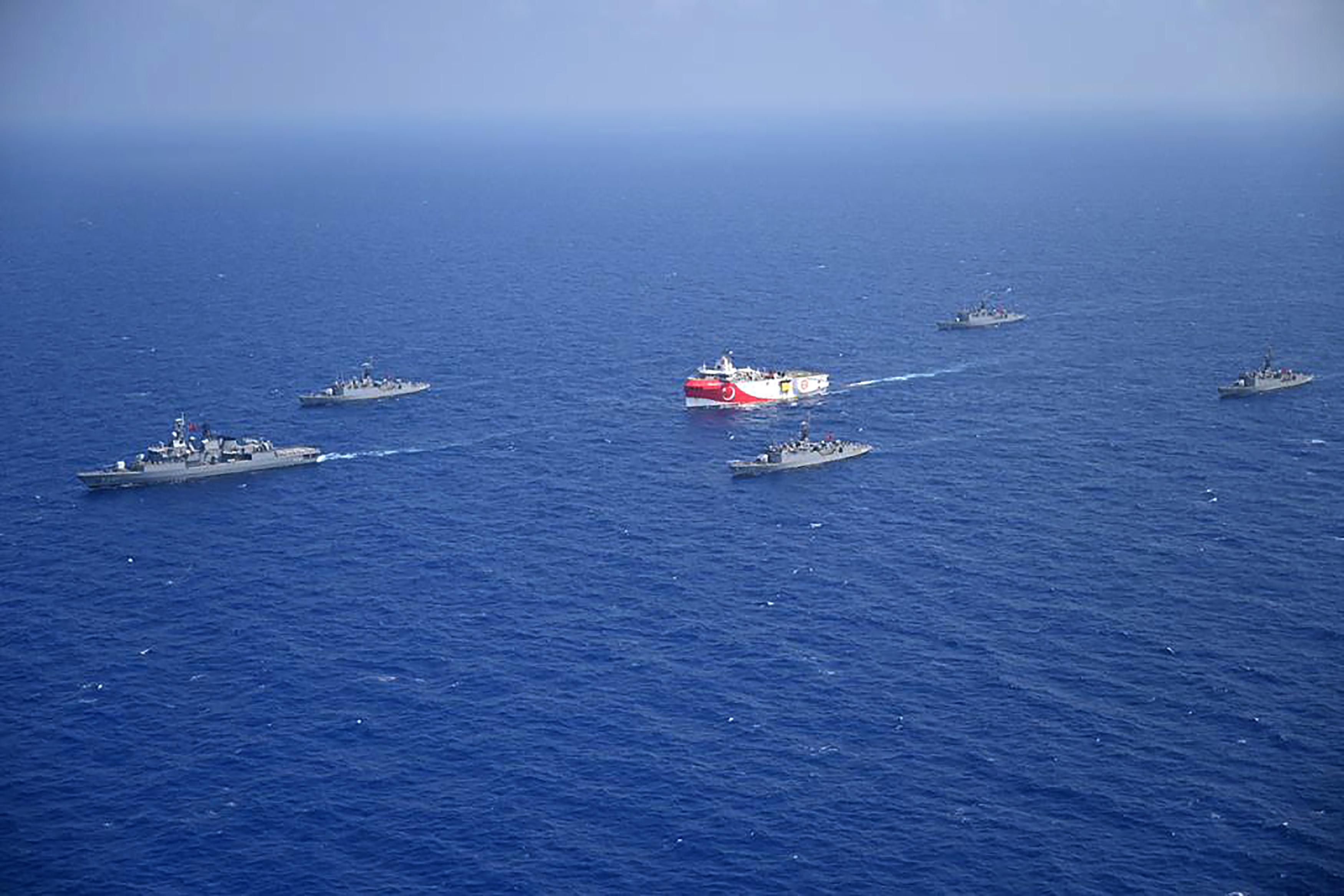 Törökország és Görögország készek megint egymásnak ugrani