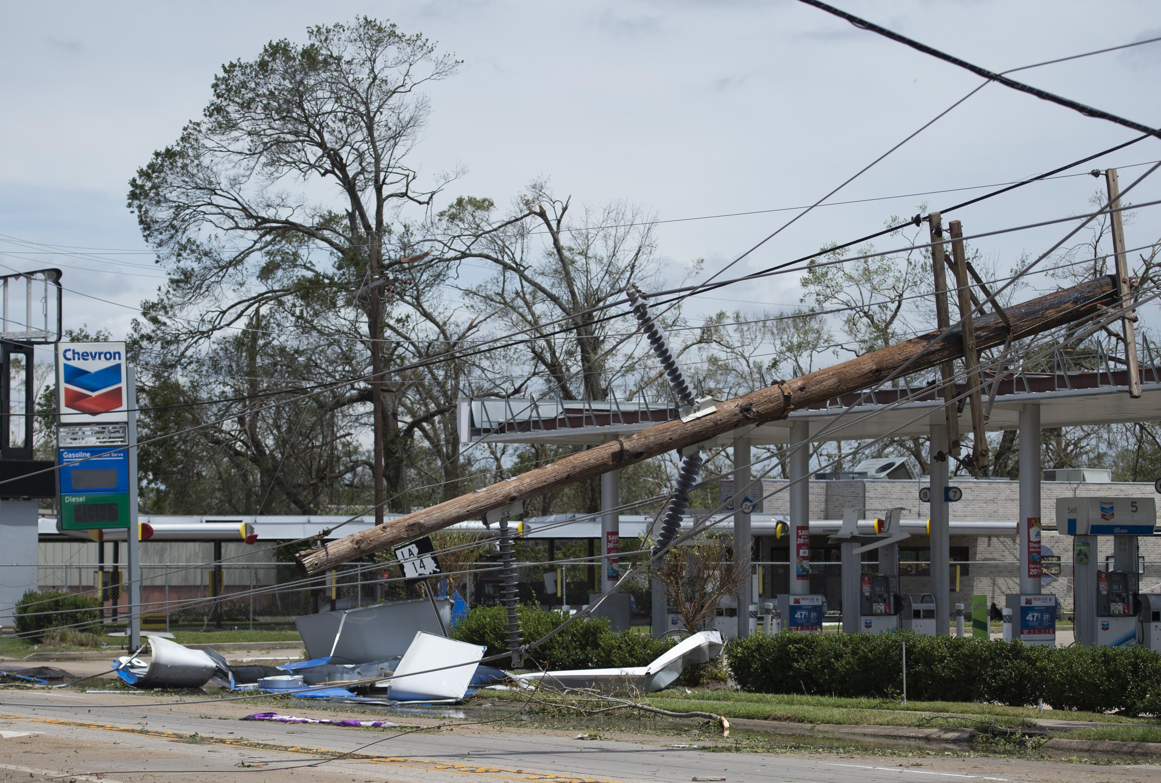 Legalább hat ember halt meg a louisianai hurrikánban