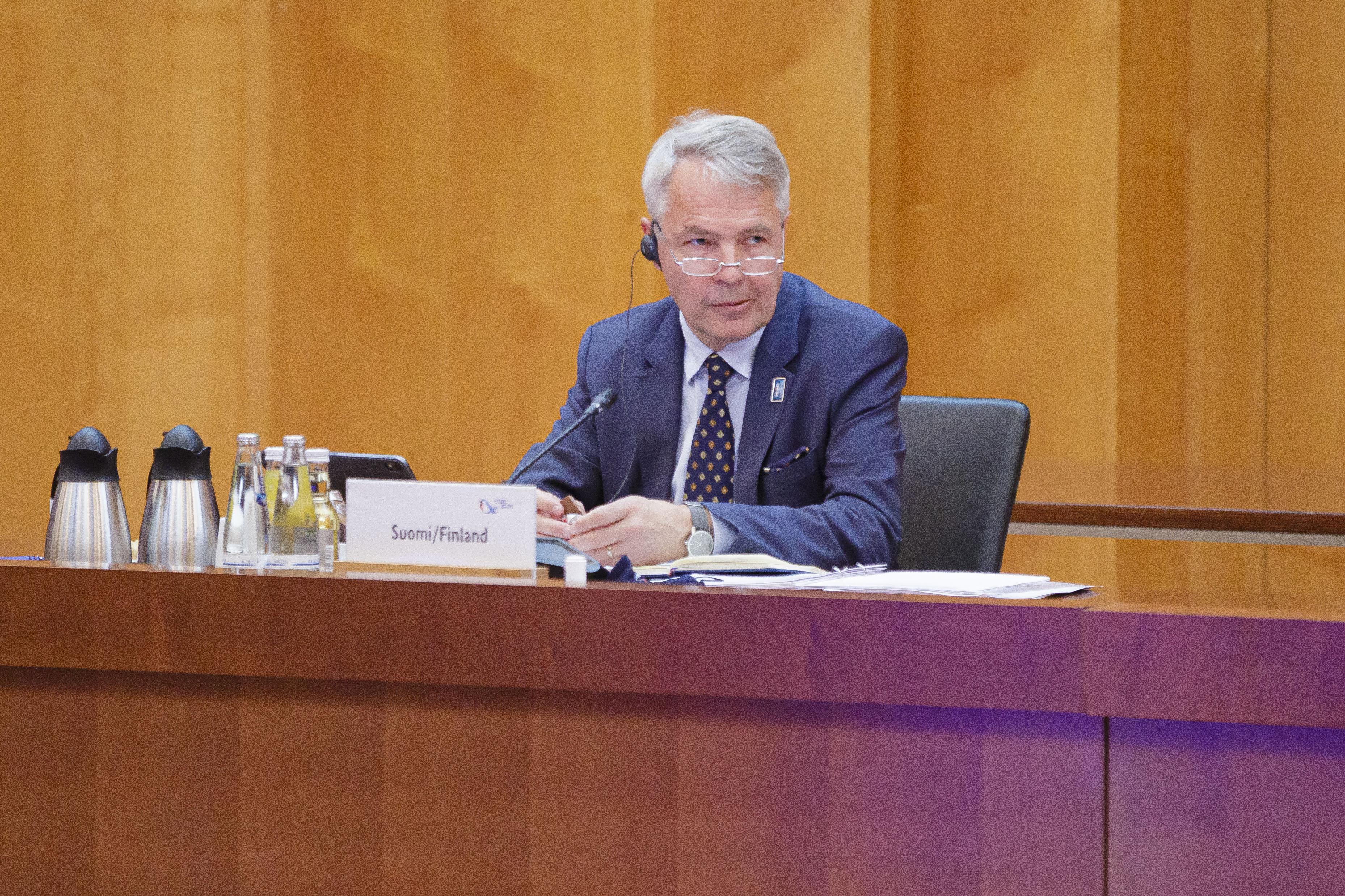 A finn külügyminiszter találkozott a belarusz ellenzéki vezetővel