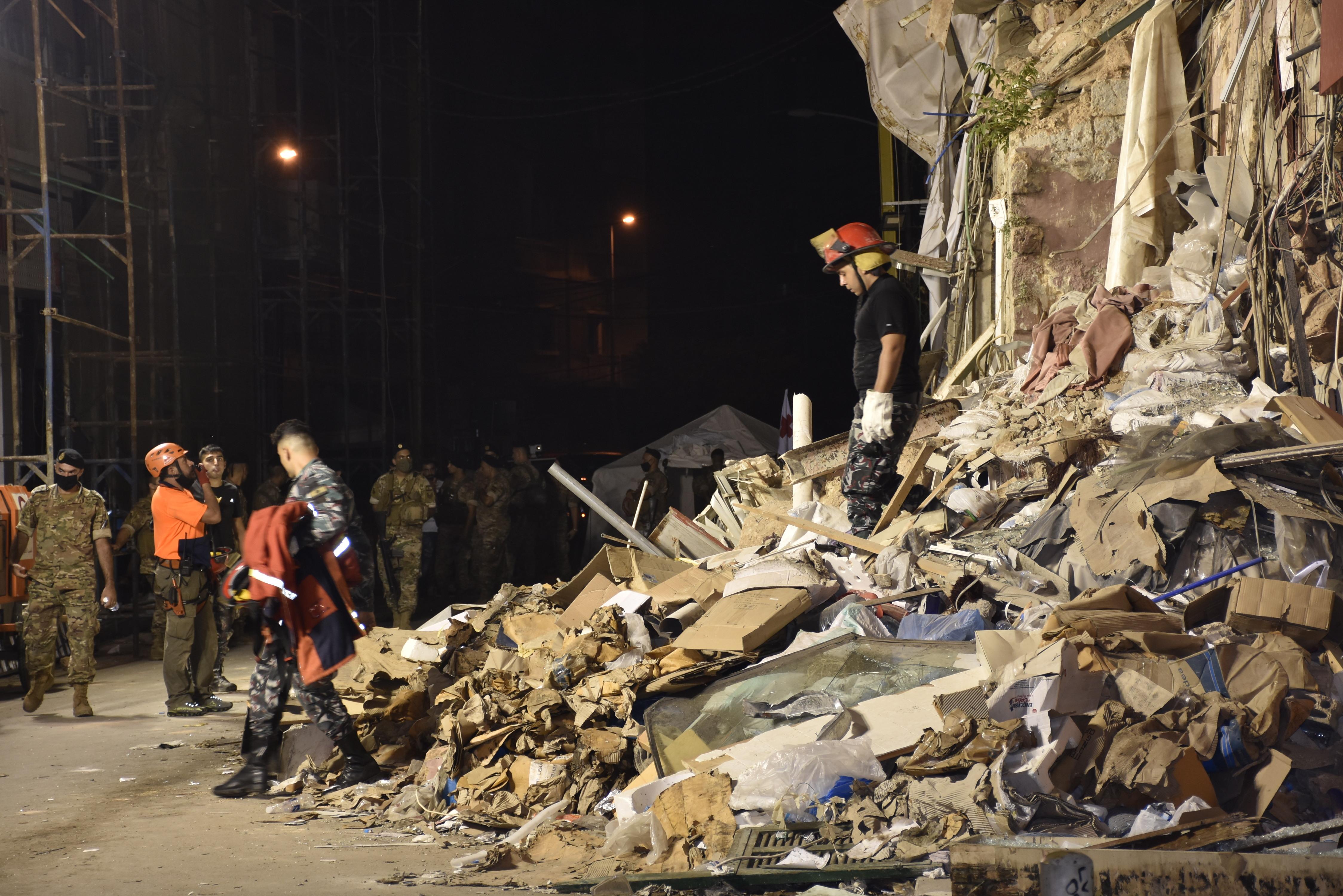 Szívdobogást észleltek a bejrúti romok alól