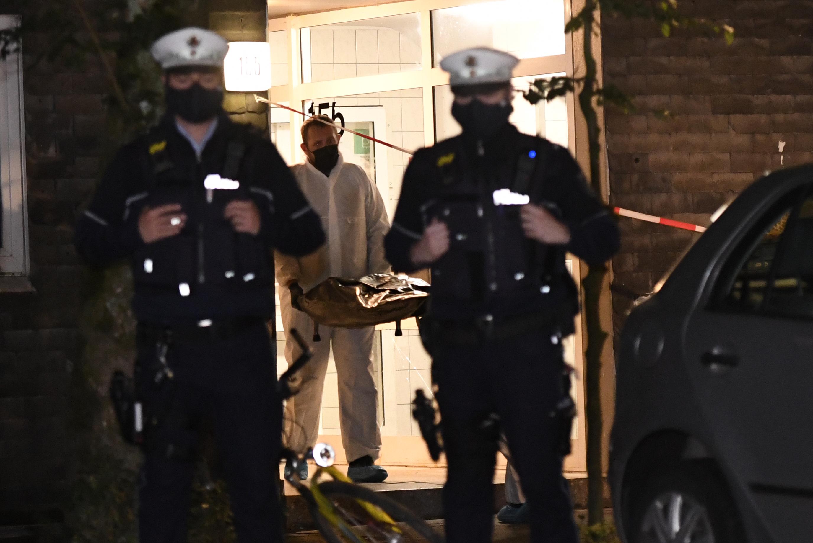 Öt halott gyereket találtak egy német lakásban