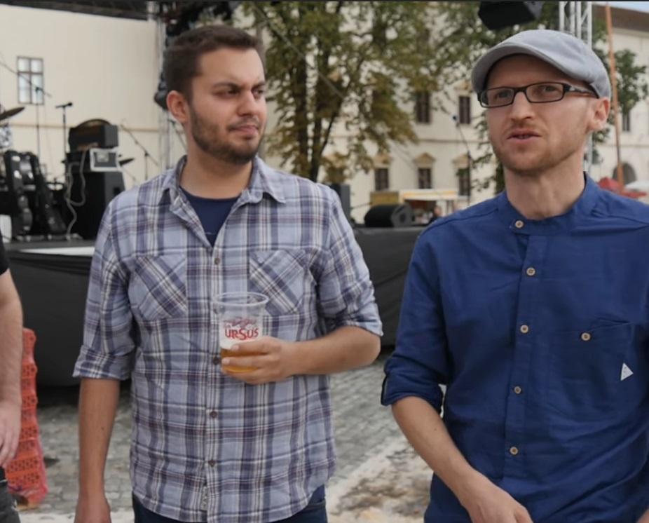 A rendőrséghez került a zenekari haverjával leszerződő Demeter Szilárd ügye