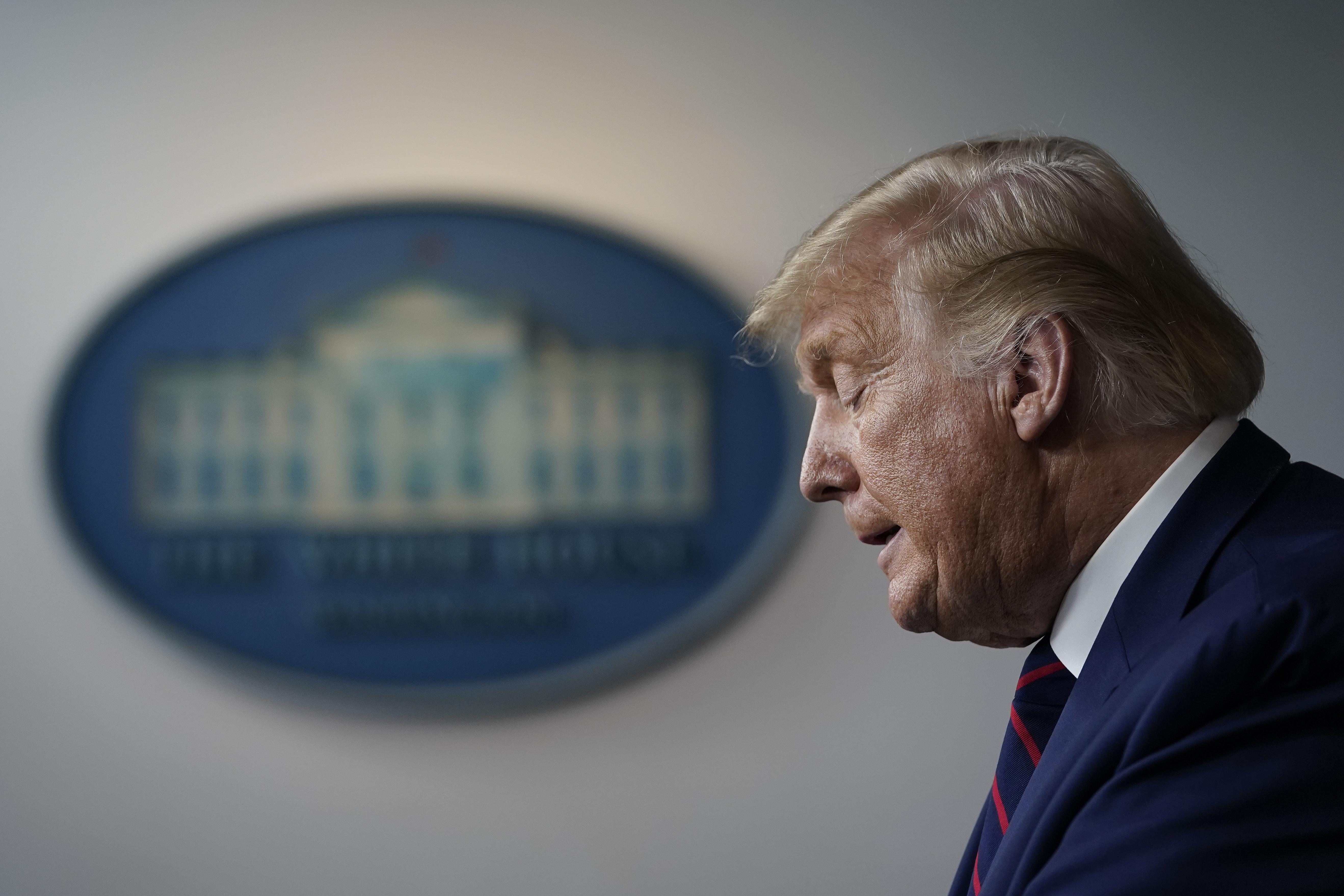 Trump koronavírusos