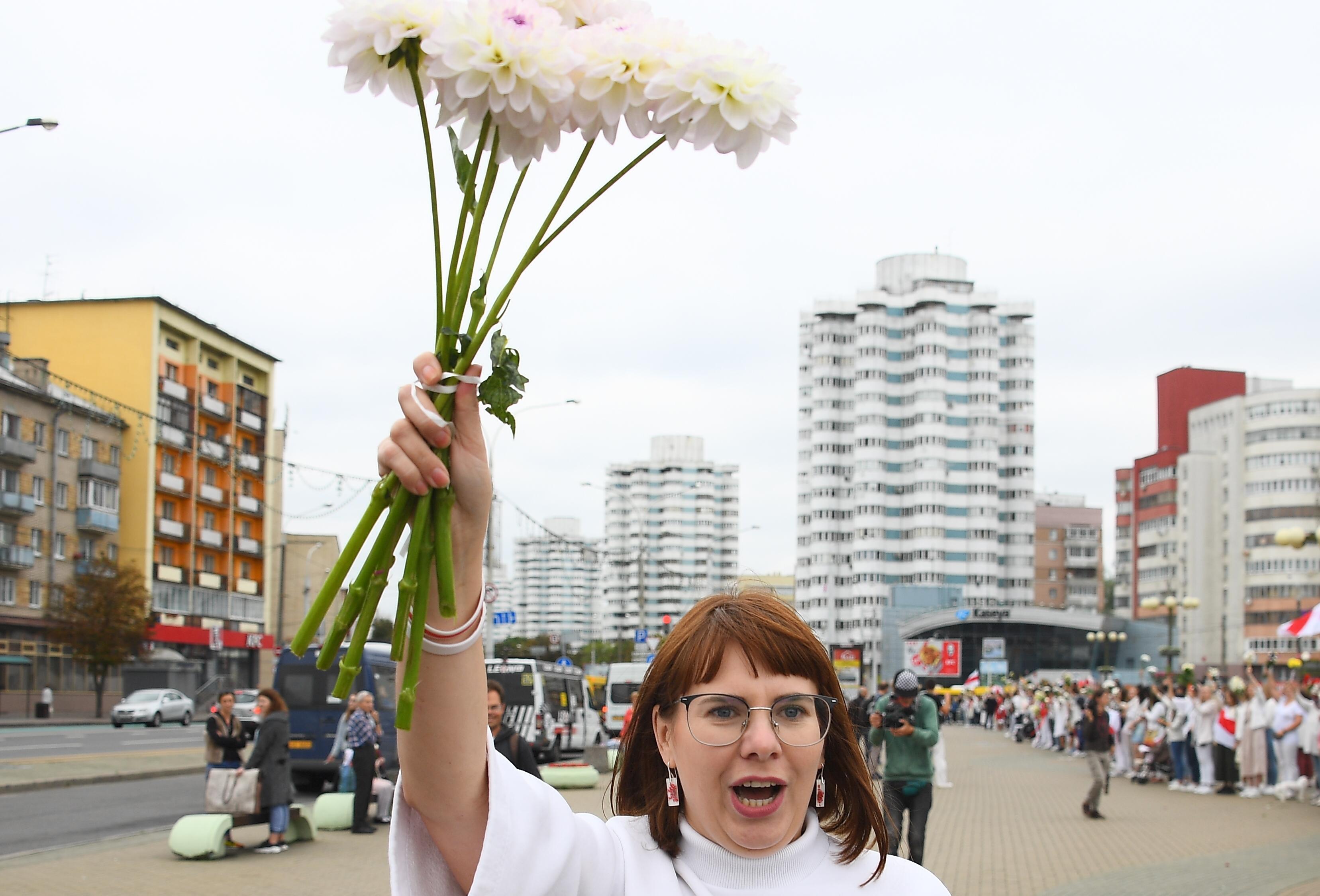 Újabb ellenzéki vezetőt pateroltak ki a rendőrök Belaruszból