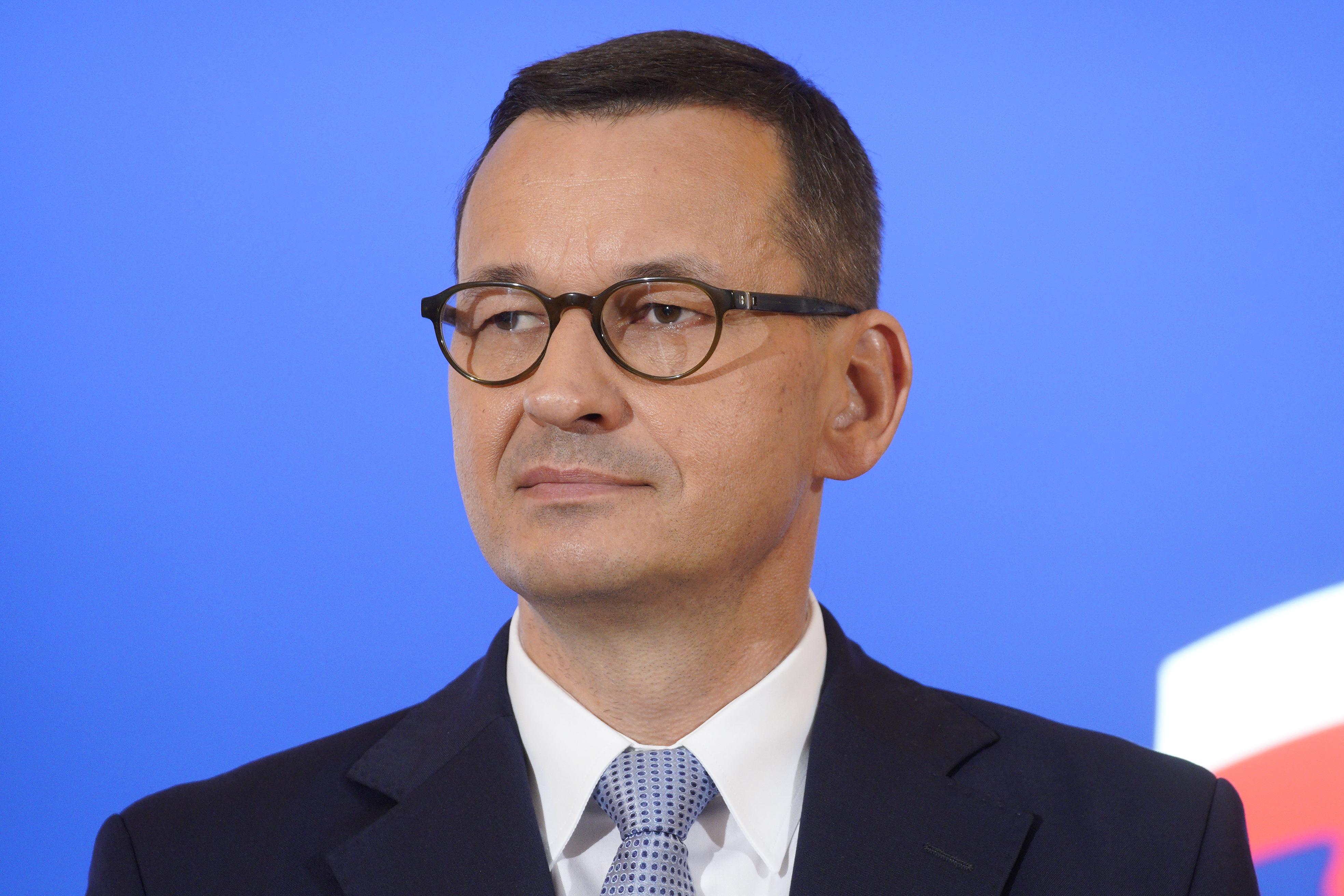 Ahhoz képest, ahogy nálunk a járványról kommunikálnak, ma ilyen sajtótájékoztatót tartott a lengyel egészségügyi miniszter