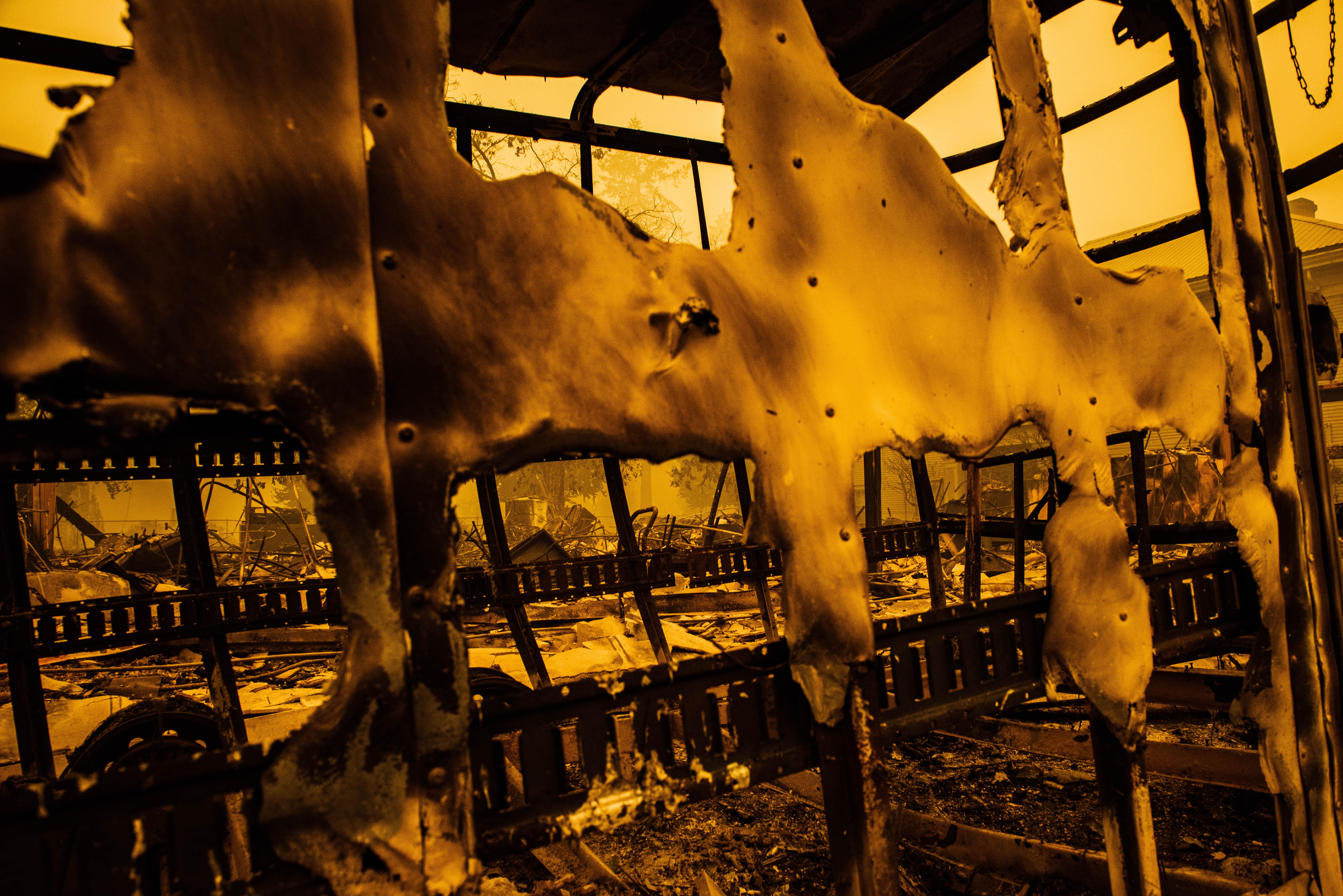 Több mint félmillió embernek kellett elmenekülnie otthonából az oregoni erdőtüzek elől