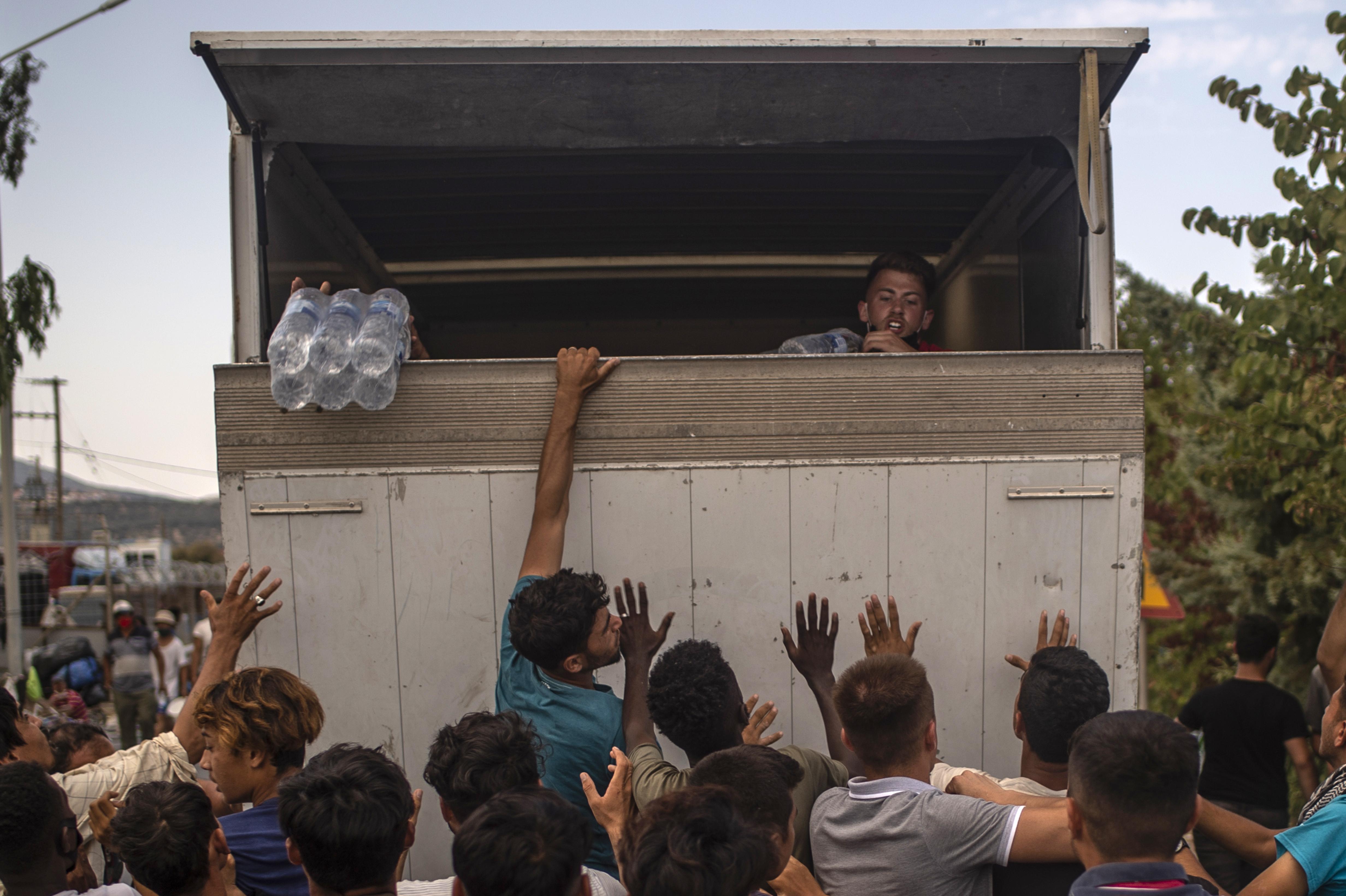 300 menedékkérőt fogad be Leszboszról egy olasz katolikus segélyszervezet